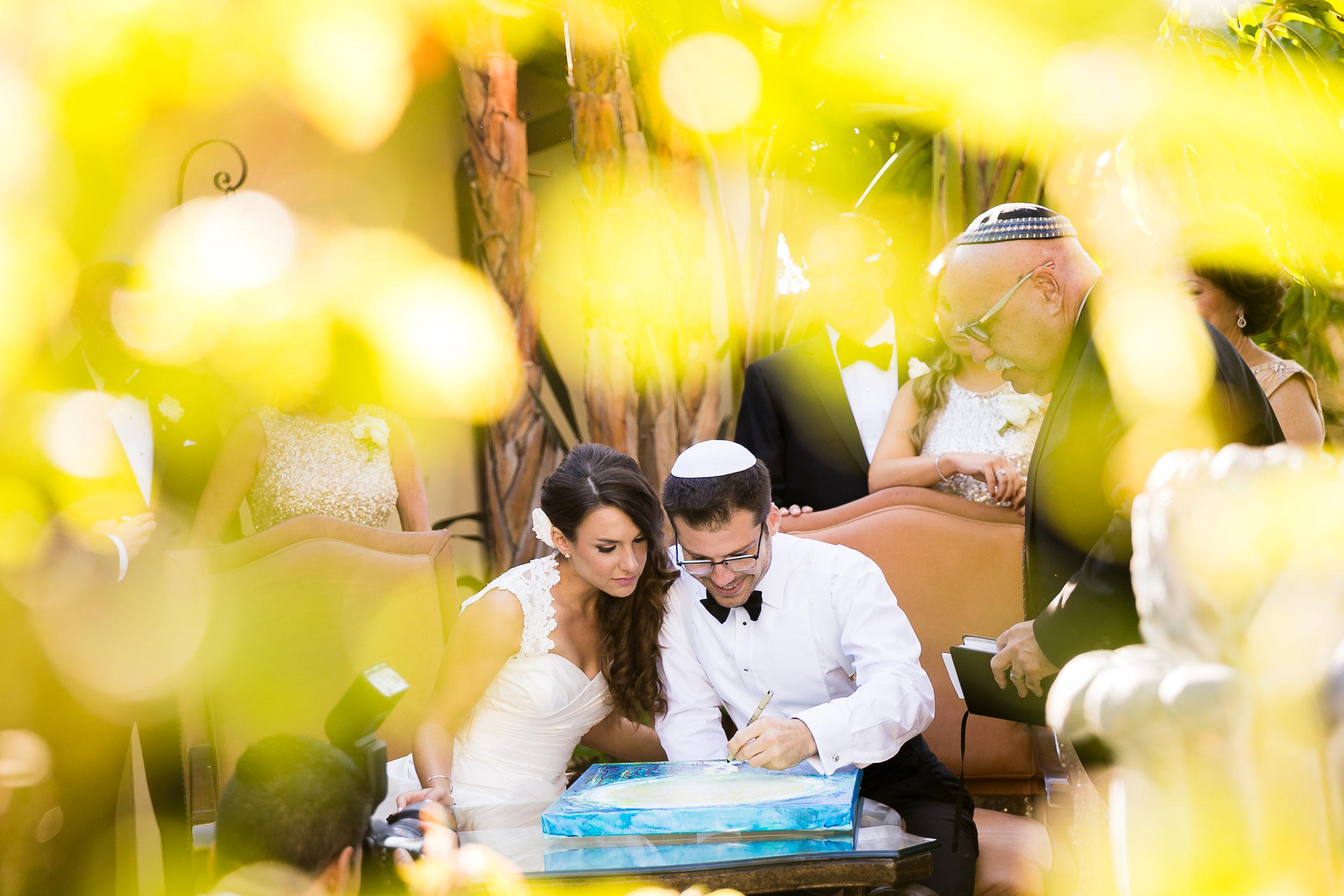 07-ketubah-signing-jewish-wedding-photography.jpg