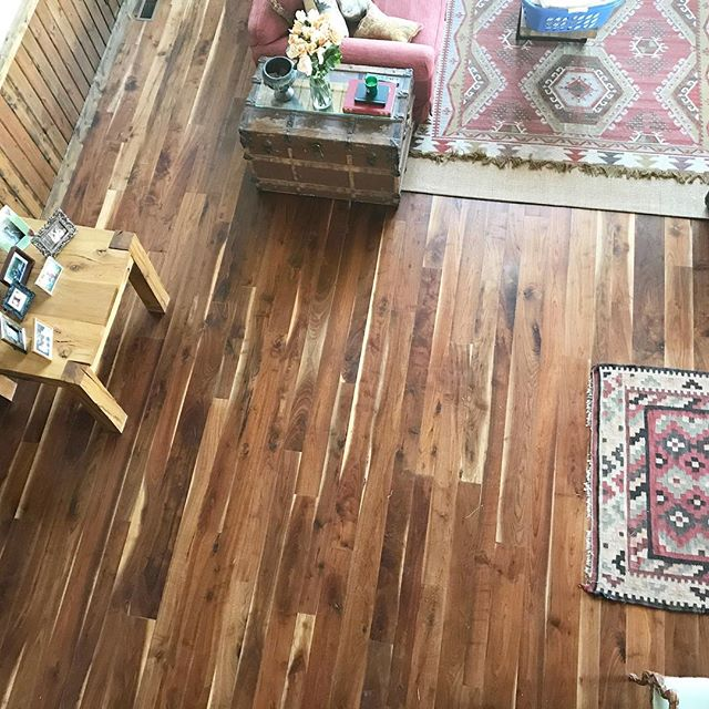 I was recently sent this pic of a reclaimed walnut floor we produced for a fellow fly fisherman's western headquarters. #walnut * * * * * #reclaimedwood #wood #oldwood #custom #woodskills #thebest #myhouseidea #decorideas #diningtable #interiordesign  #house  #livingroom #slab  #interiors #dslooking #design  #houzz #interiorstyling #wallcovering #IDCdesigners #interior_delux #myoklstyle #millwork #cabin #flyfishing #trout