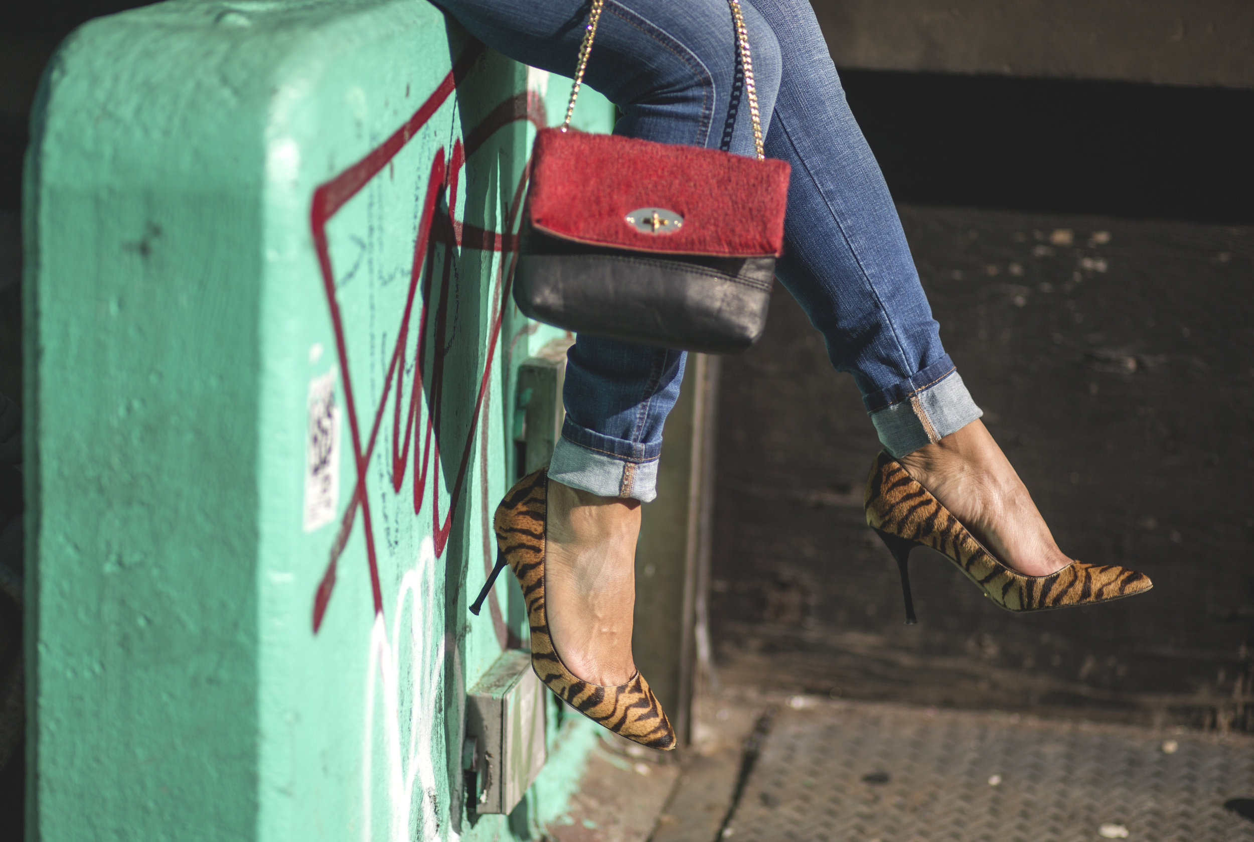 Weekend Dressing Made Easy Street Style Details