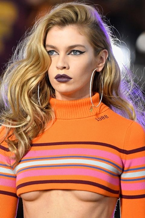 Fall 2017 Beauty Ideas Deep Purple Lips.jpg