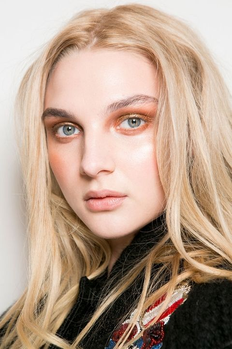 Fall 2017 Trends Metallic Smoky Eye.jpg