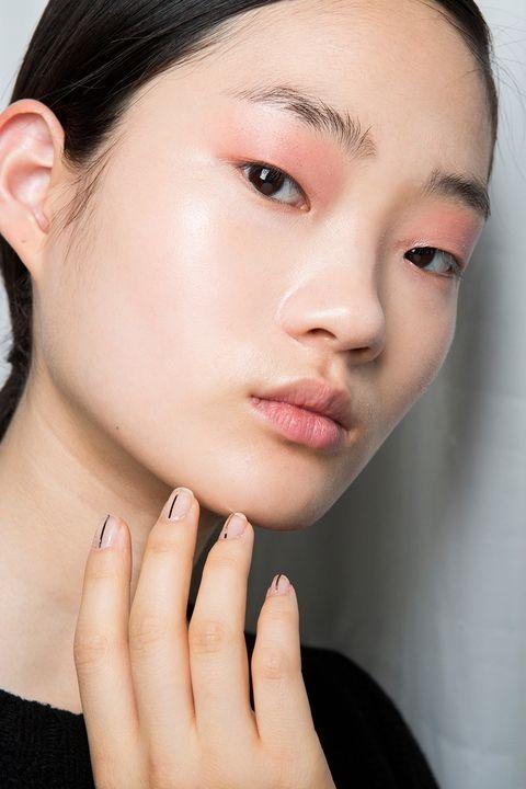Fall Beauy Trends Millenial Pink Eyeshadow.jpg