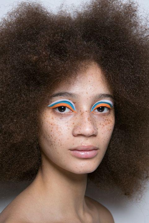 Fall 2017 Beauty Trends Pop Color Eyeshadow.jpg