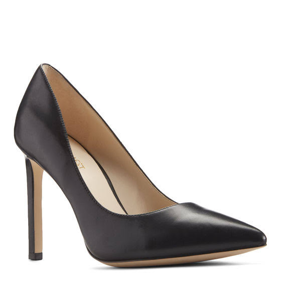 Nine West Black Pumps.jpg