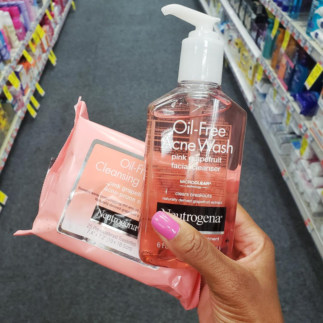 Neutrogena Face Wash and Wipes in CVS.jpg
