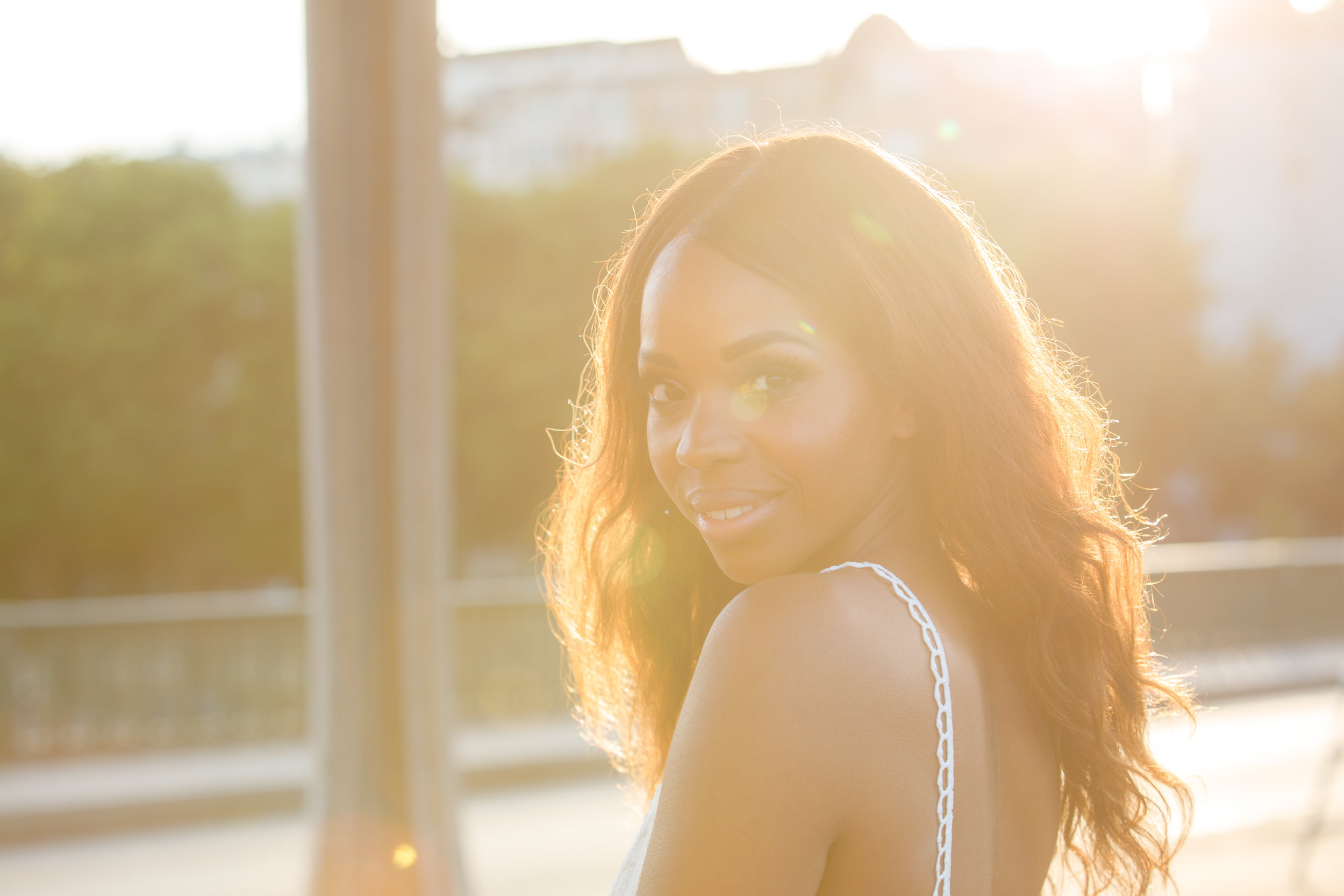 Sunset Photo Shoot in Paris