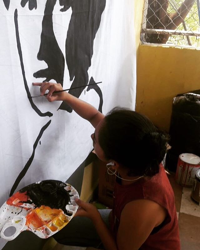 """Meet @bikiyasmin, artist, designer, sister, tia, community leader and the first S!REN 🧜♀️ Since 2013 Belkis has worked with our co-founders to establish S!RENS in Villa El Rosario, Morazán, El Salvador.  What does S!RENS mean to Belkis - """"To me S!IRENS is an opportunity to do things in a different way, outside of the traditional mold. Woman see that they can learn to make bracelets without being jewelers, that all you need is patience. """""""