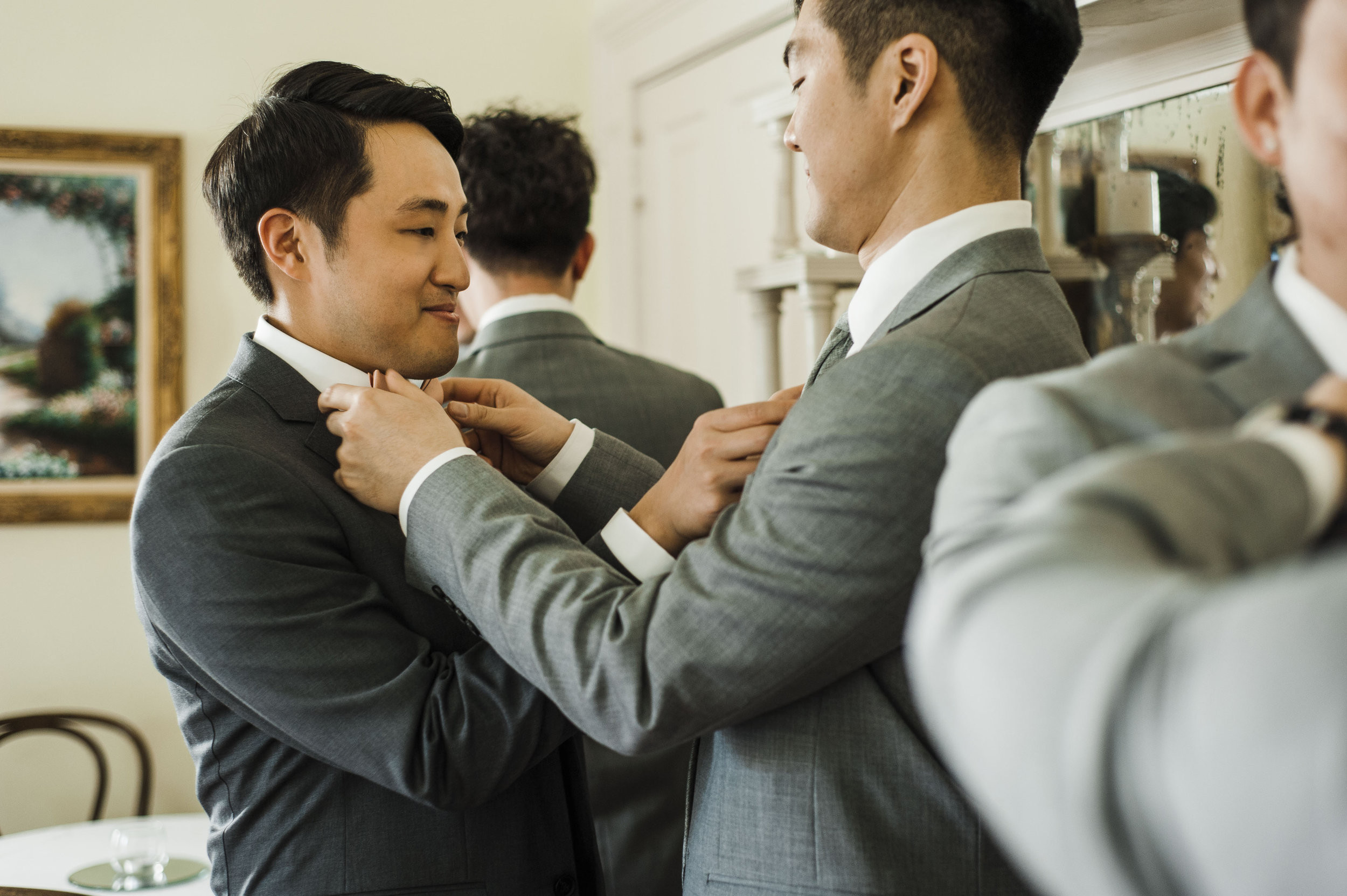 groom getting ready Korean wedding