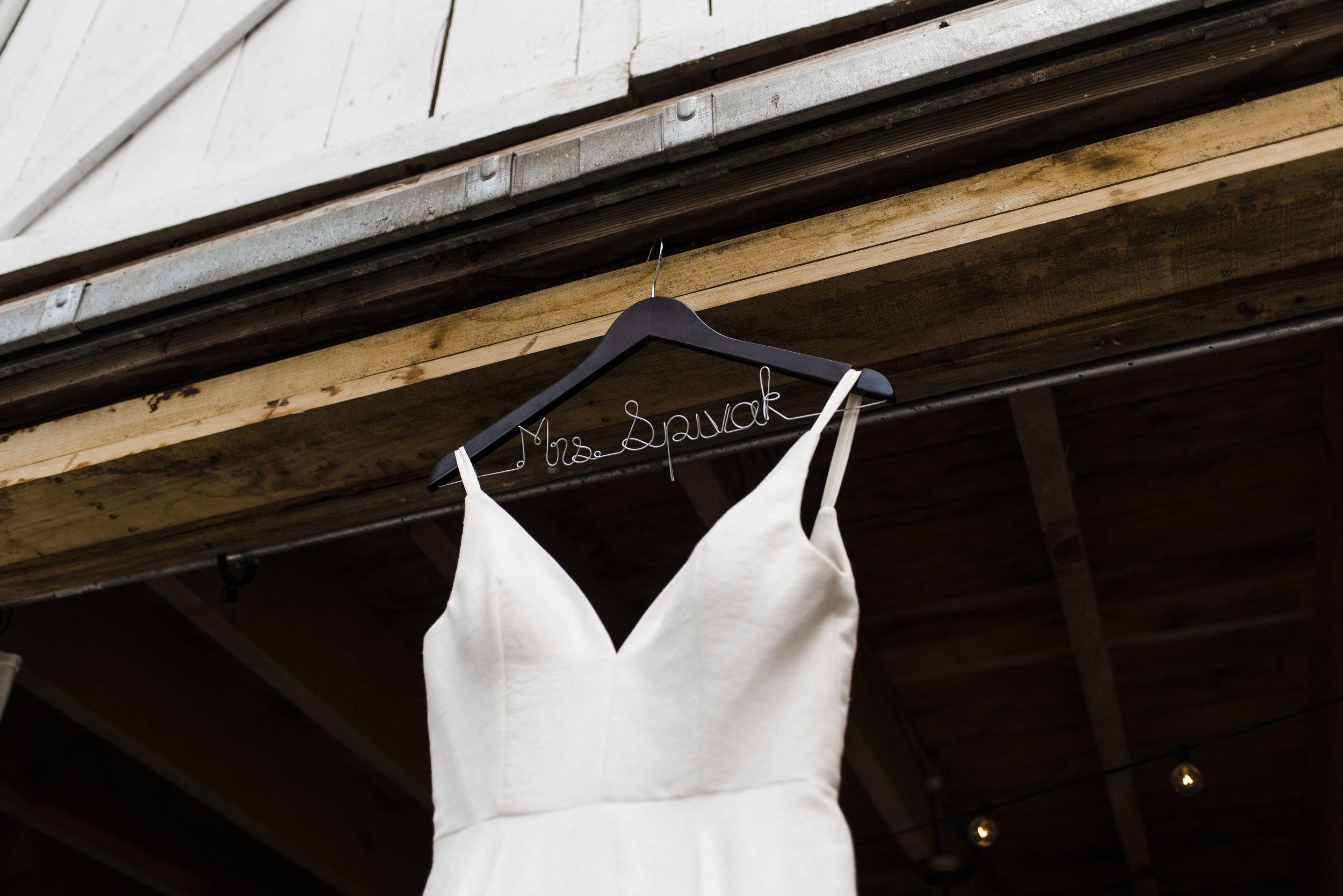 wedding dress hanger chattanooga Tennessee