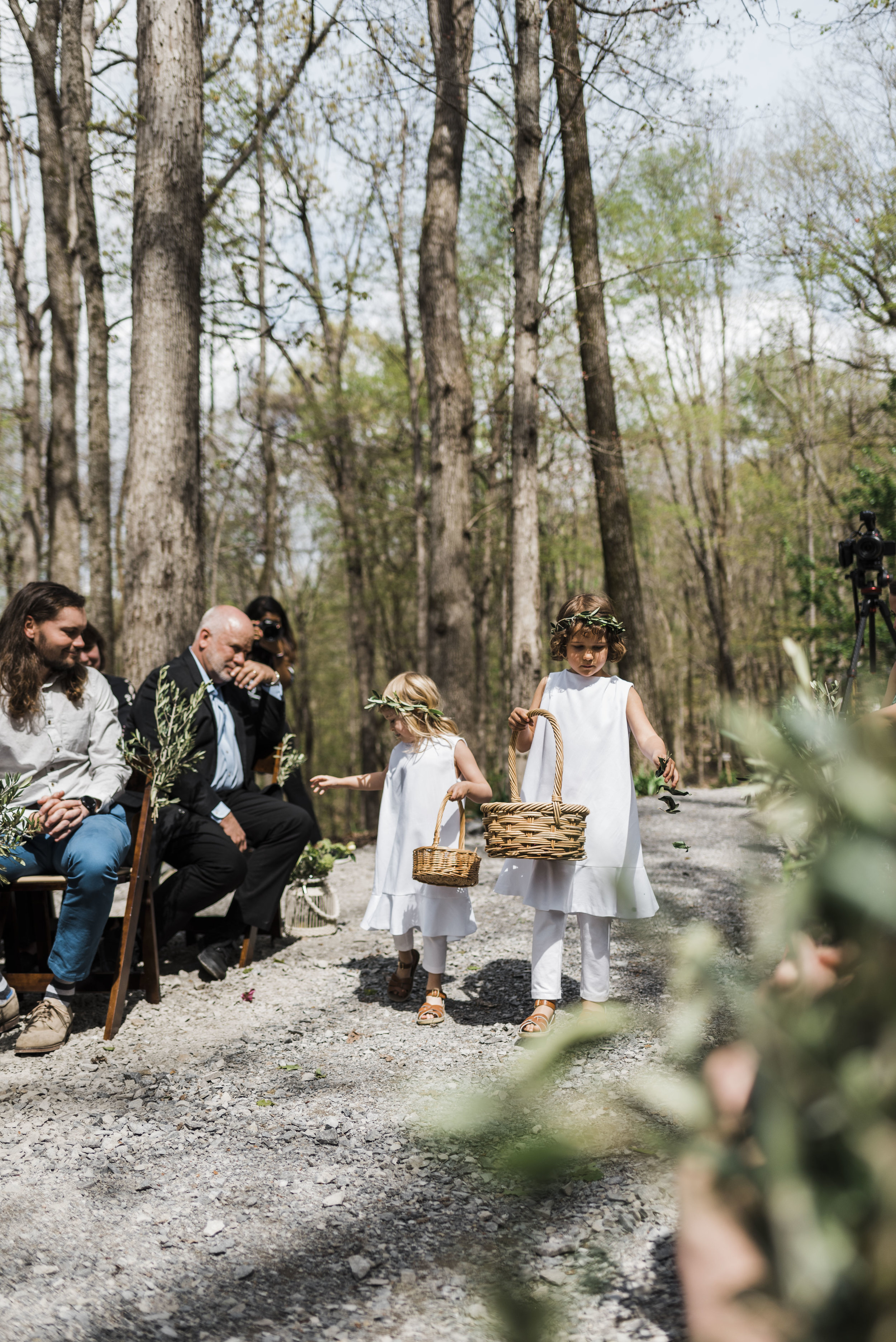 wedding ceremony flower girl aisle chattanooga Tennessee
