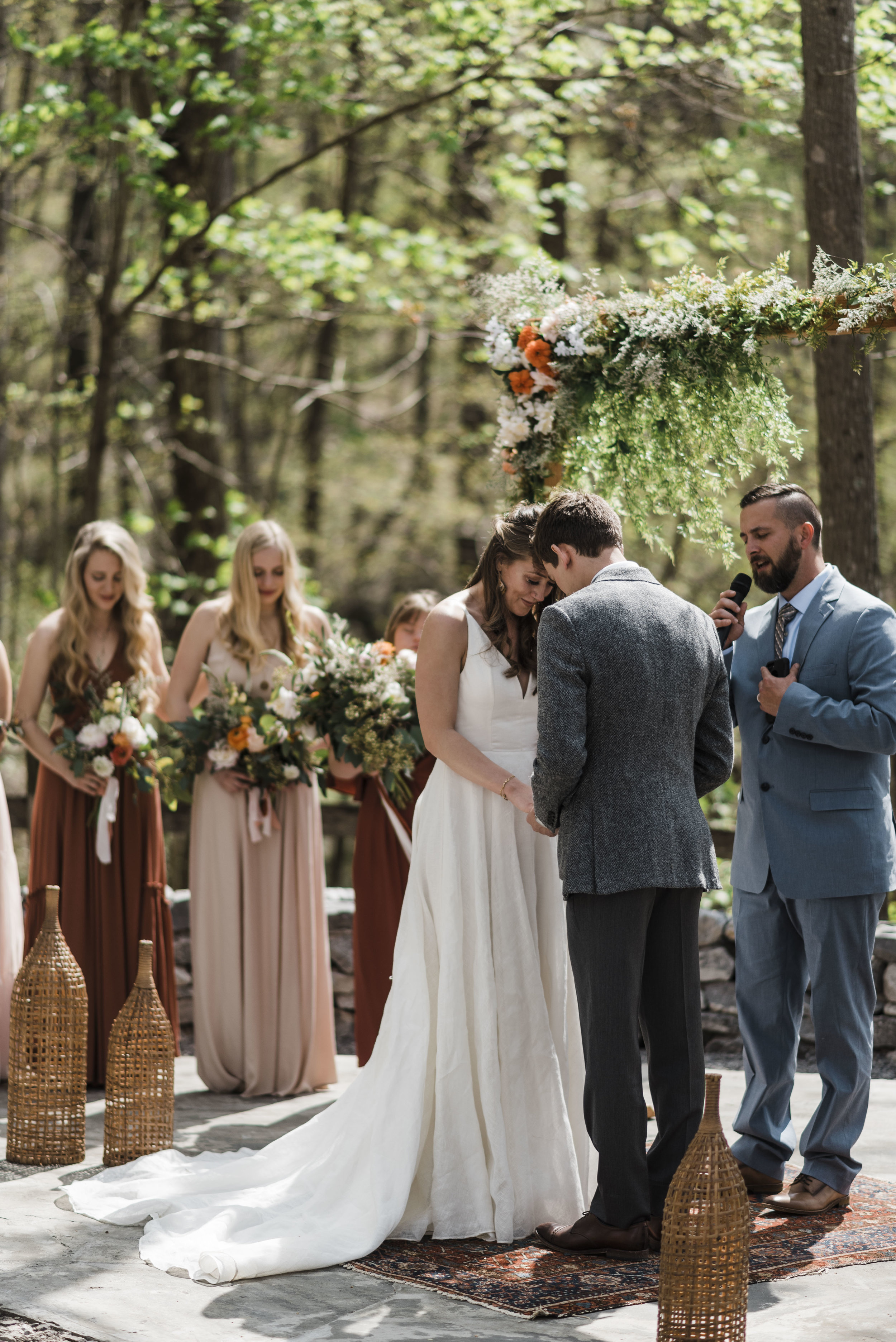 wedding ceremony altar bride and groom chattanooga Tennessee
