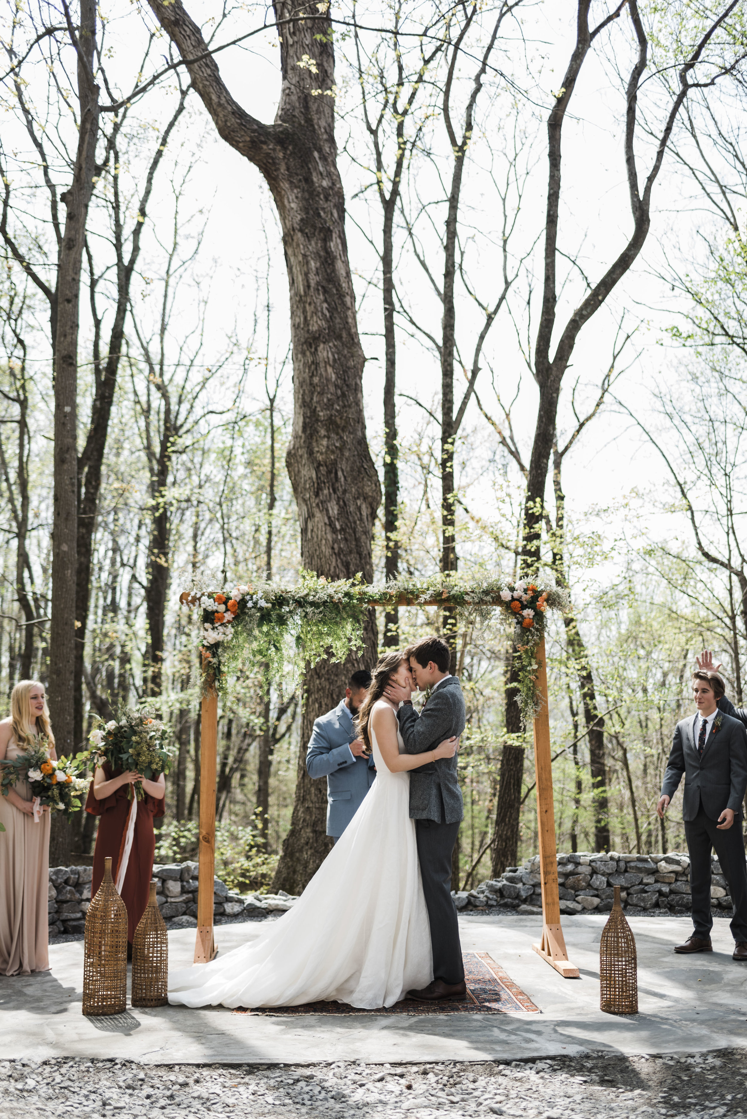 wedding ceremony altar first kiss chattanooga Tennessee