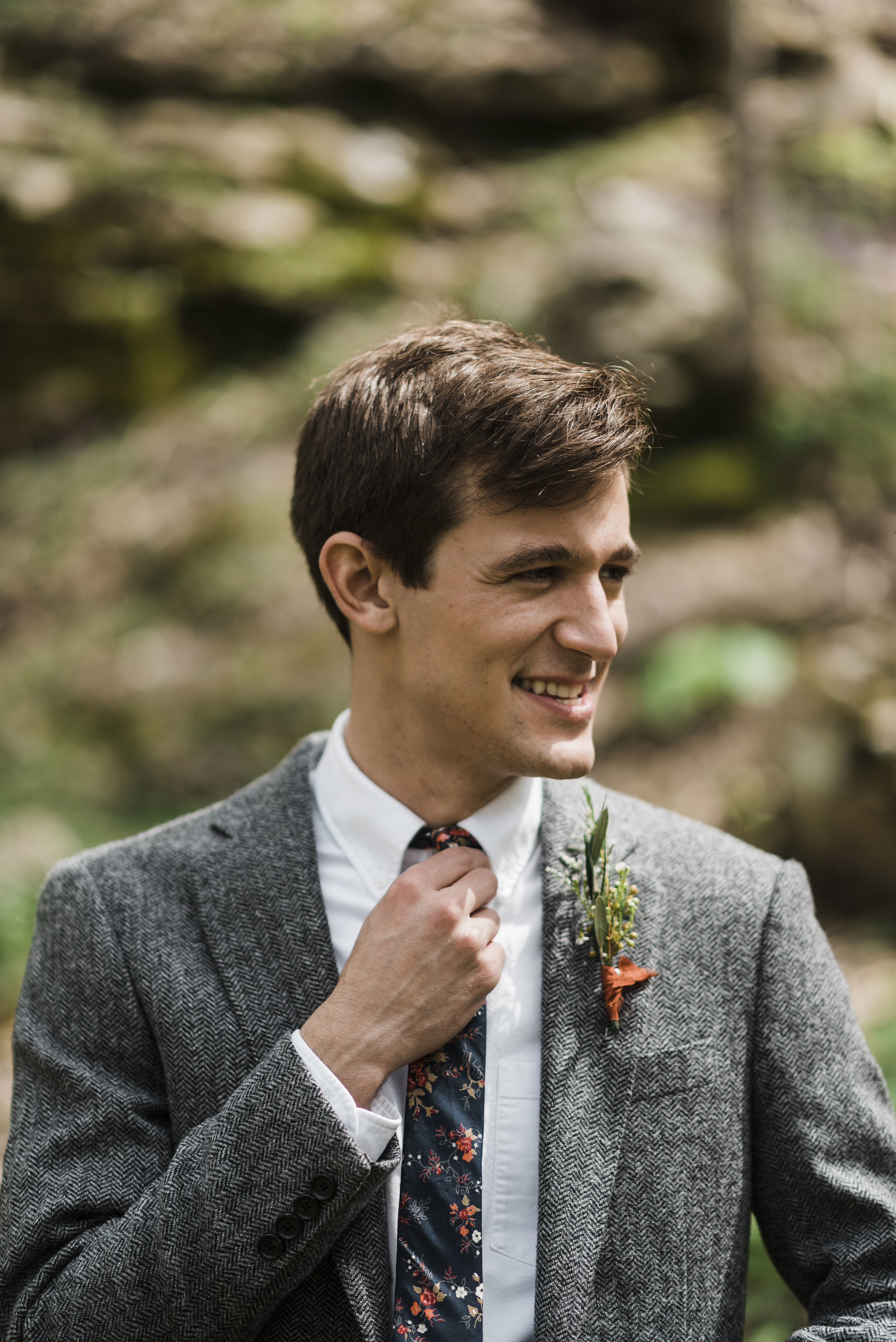 wedding groom tie chattanooga Tennessee forest