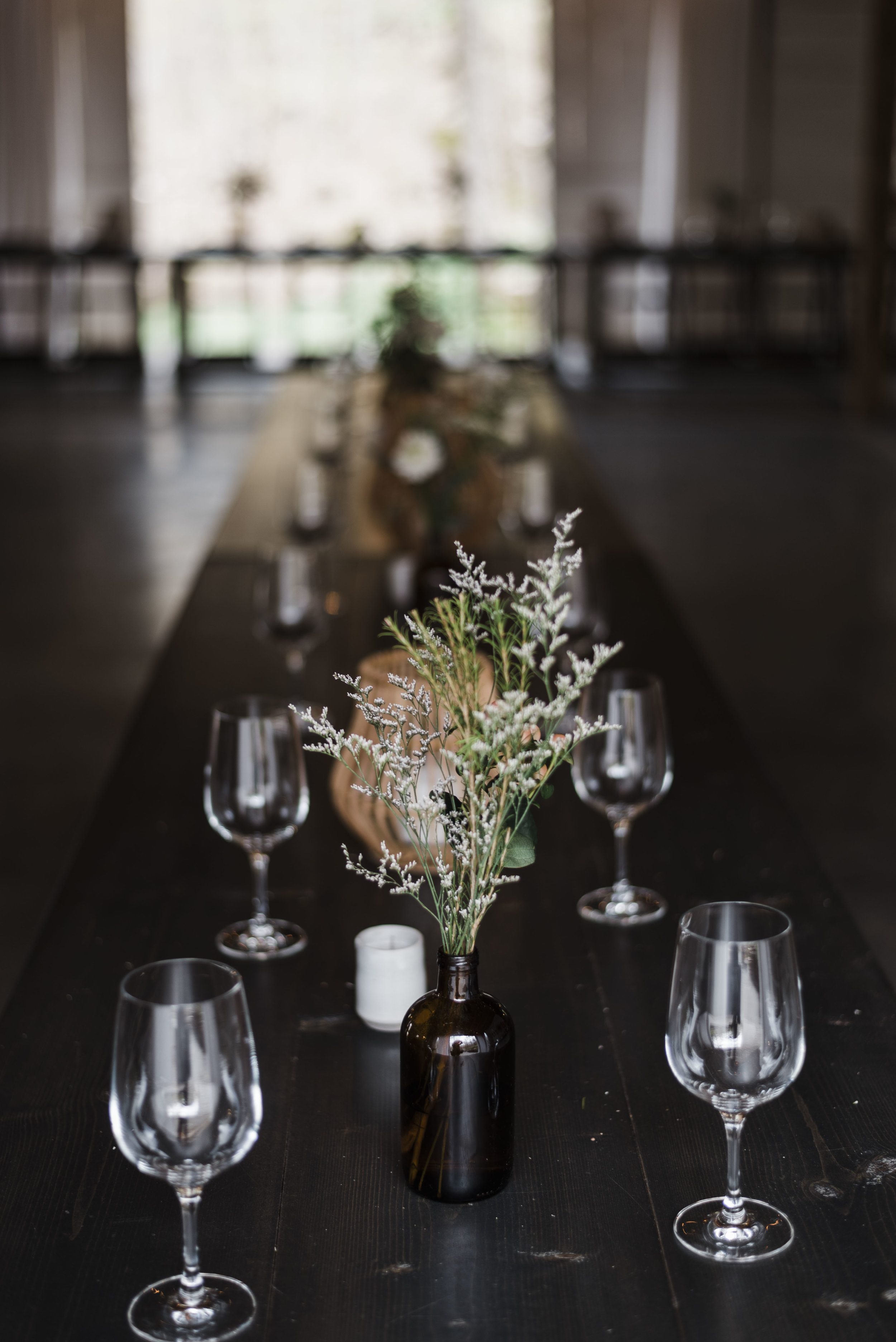 wedding dinner tables chattanooga Tennessee barn