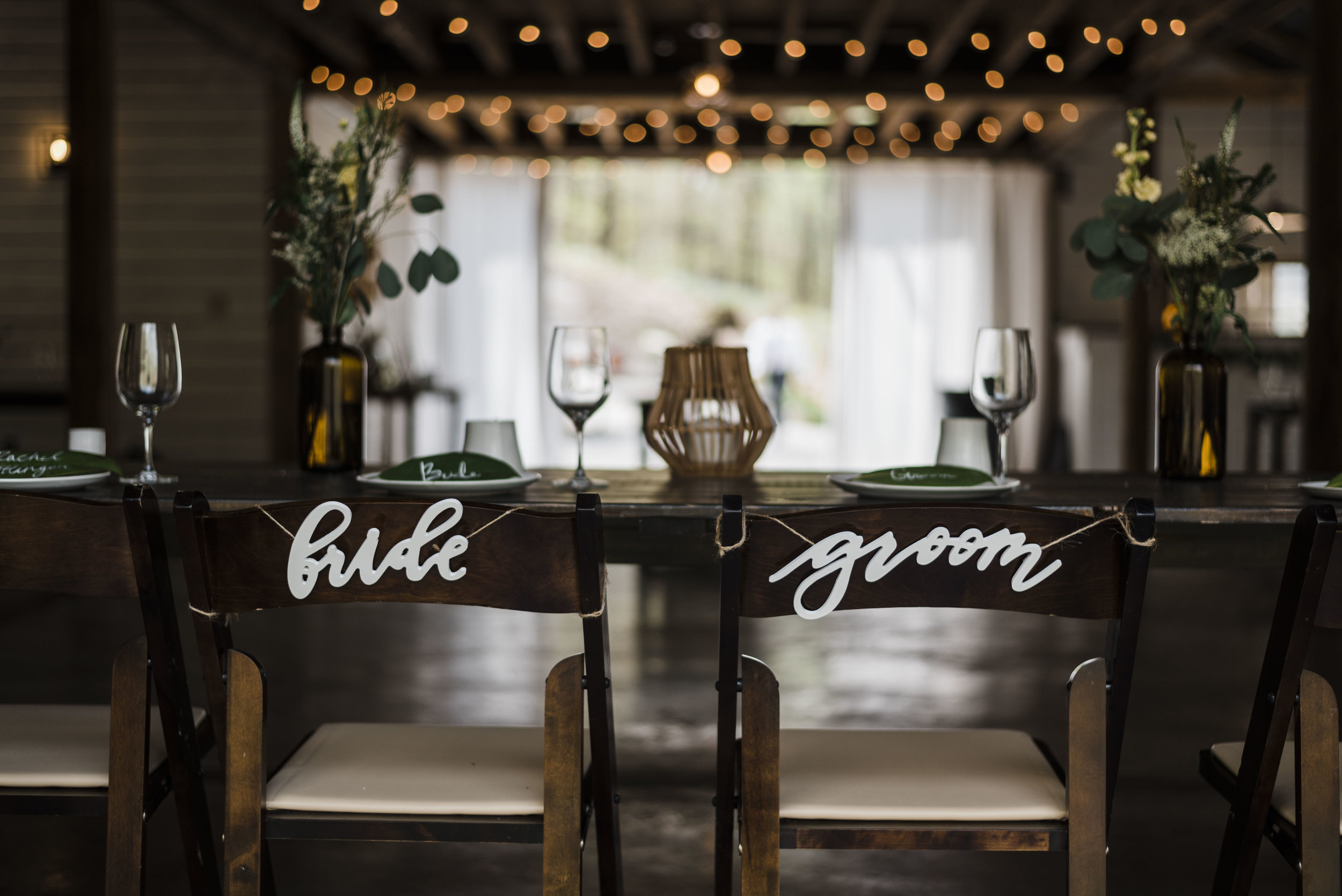 wedding bride and groom chairs dinner chattanooga Tennessee barn