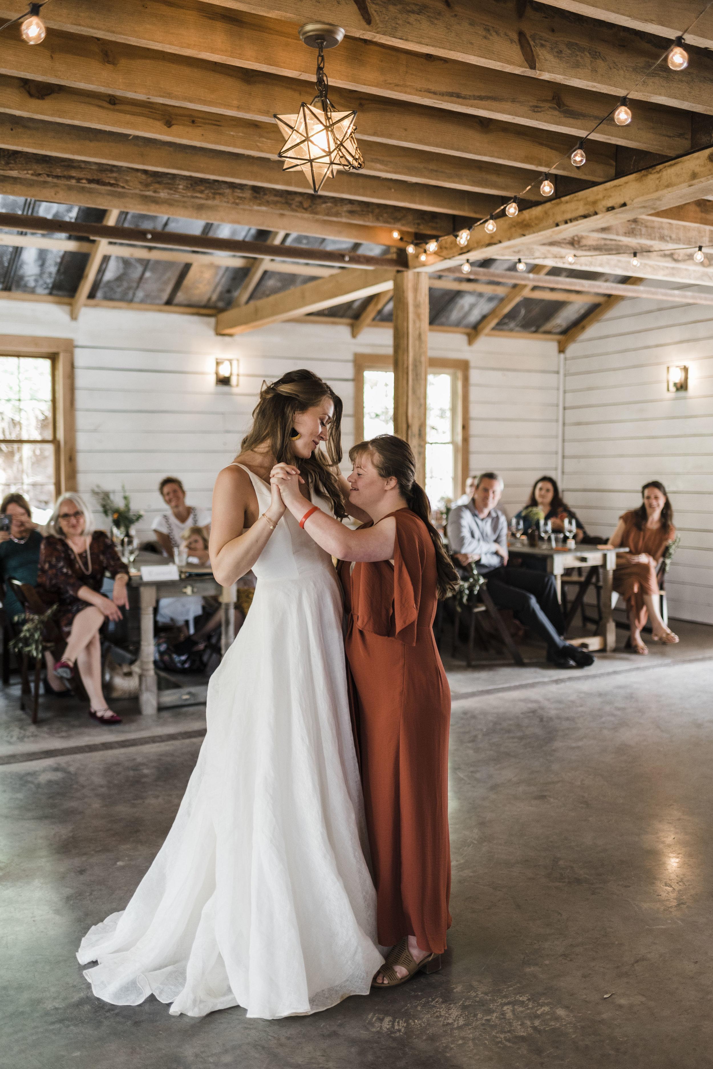 wedding bride sister dance chattanooga Tennessee barn