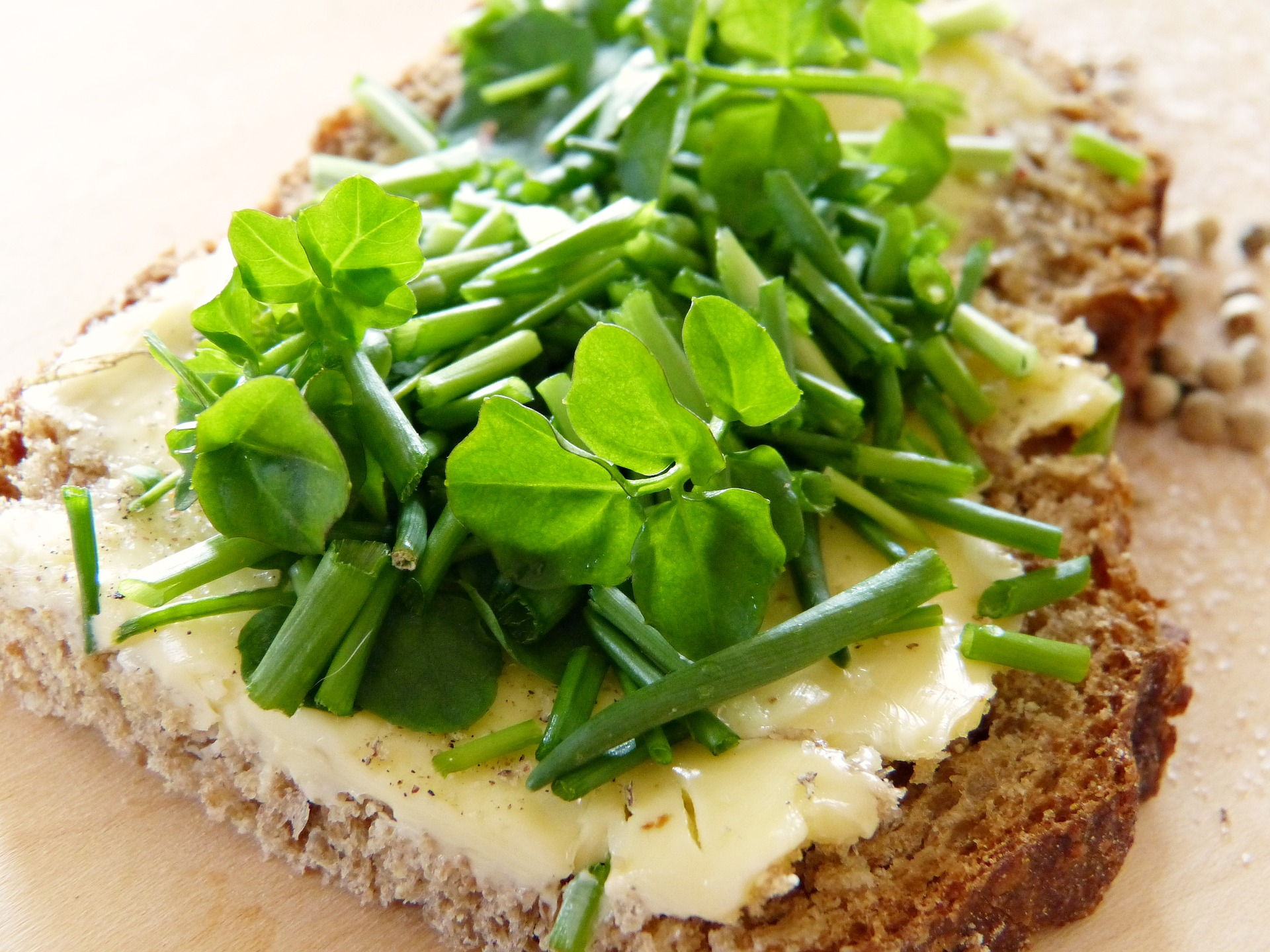 watercress-2148629_1920.jpg
