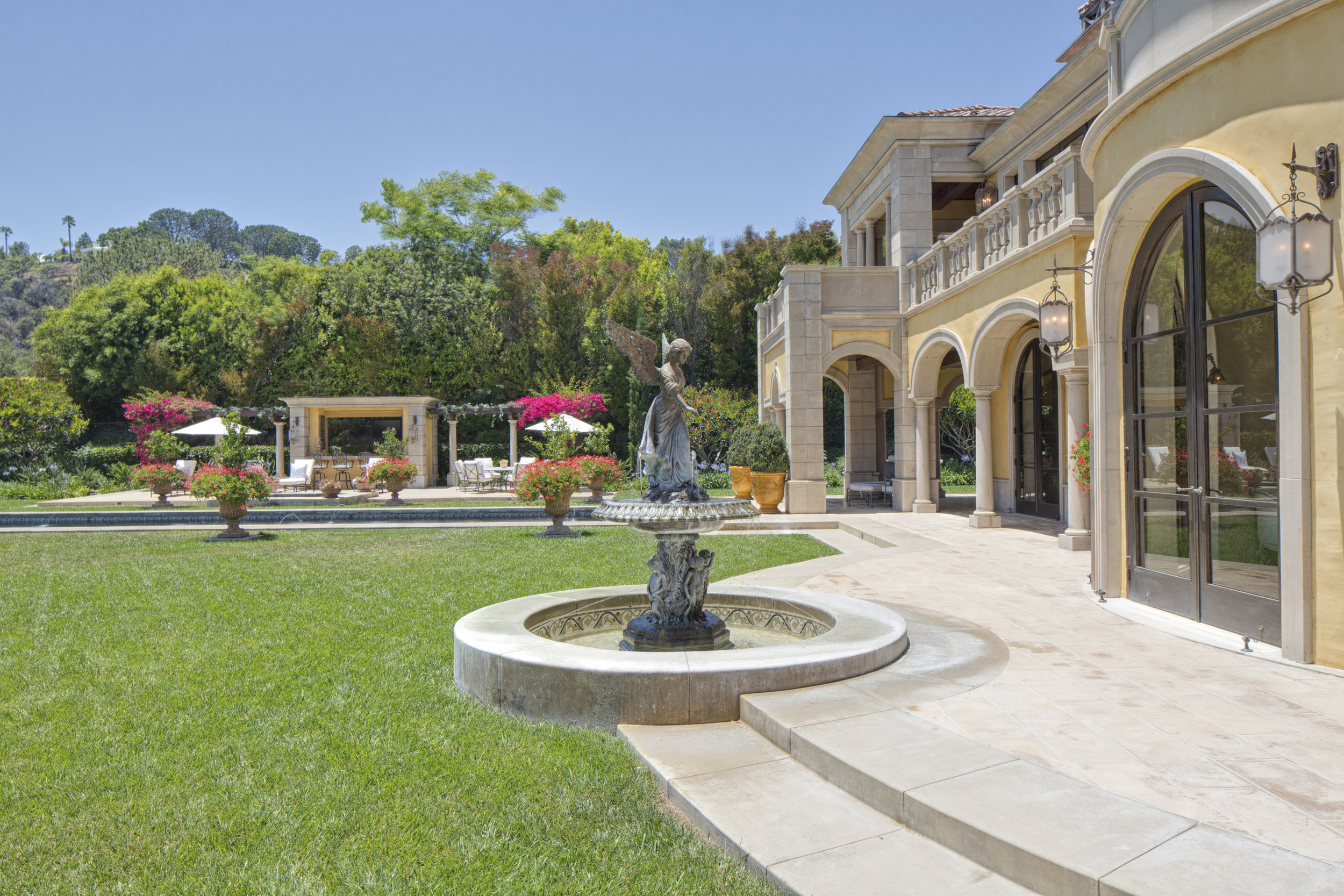 34 Beverly Park Beverly Hills 90210