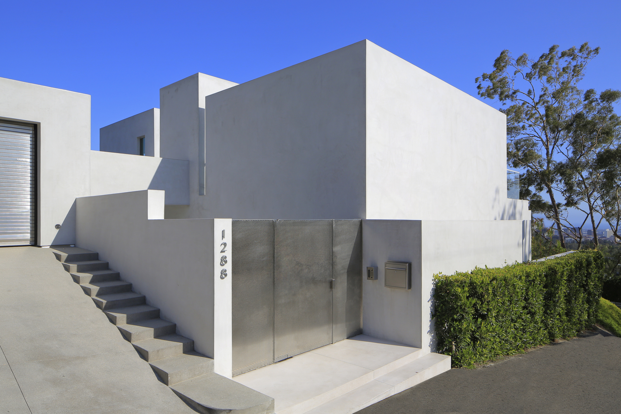 1288 Angelo Drive, Beverly Hills 90210 - Michelle Oliver Luxury Real Estate