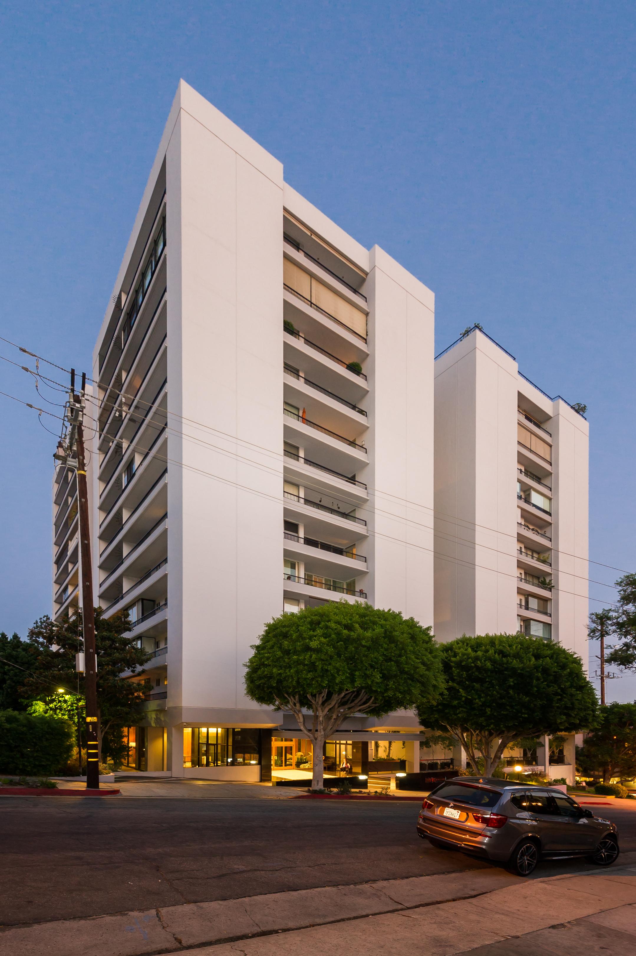 1100 Alta Loma Road #908- Michelle Oliver Luxury Real Estate