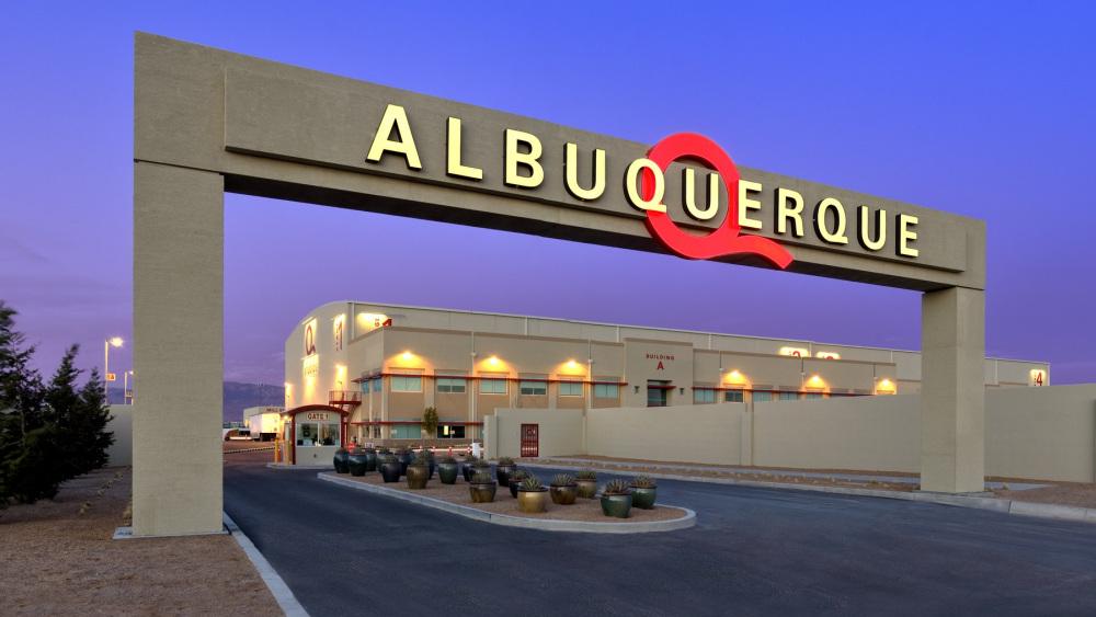 albuquerque-abq-studios-tondreau-studio-gate2.jpg