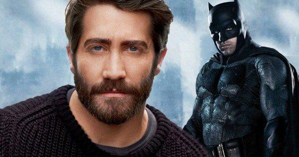 Batman-Jake-Gyllenhaal-Replace-Ben-Affleck-Holy-BatCast.jpg