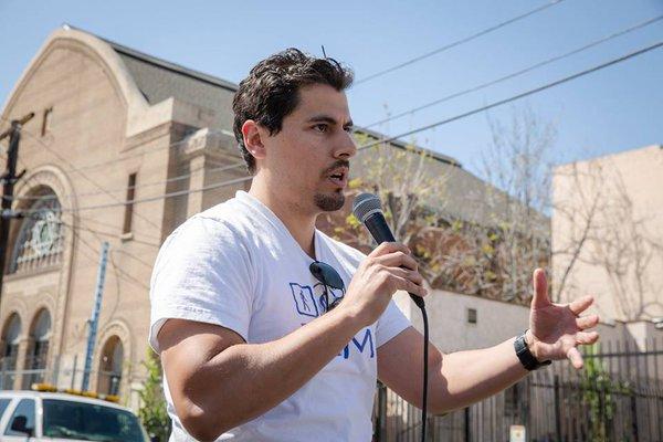 Nuestra Avenida - Challenge Grant Recipient 2015