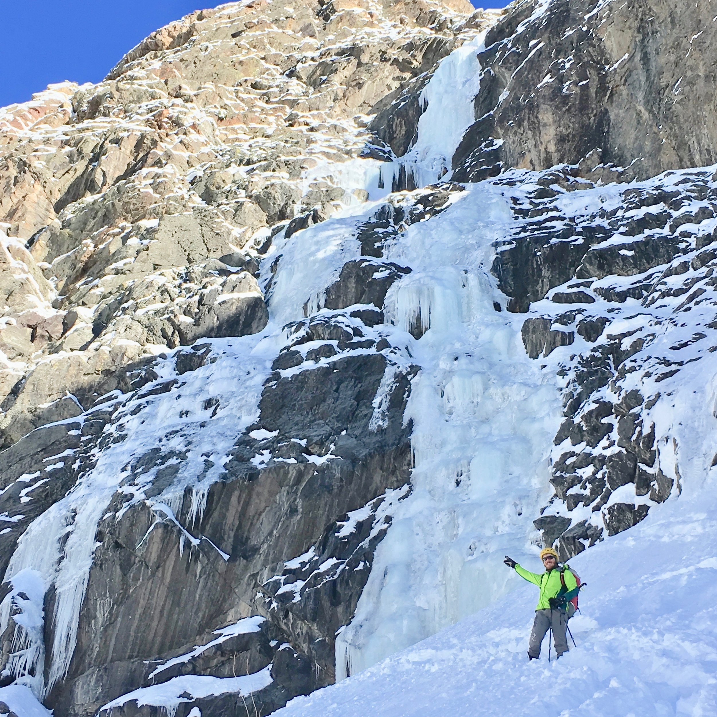 Looking back up the route. Each pitch was nearly 200', and we managed to get back to the base before the sun hit. Great success!