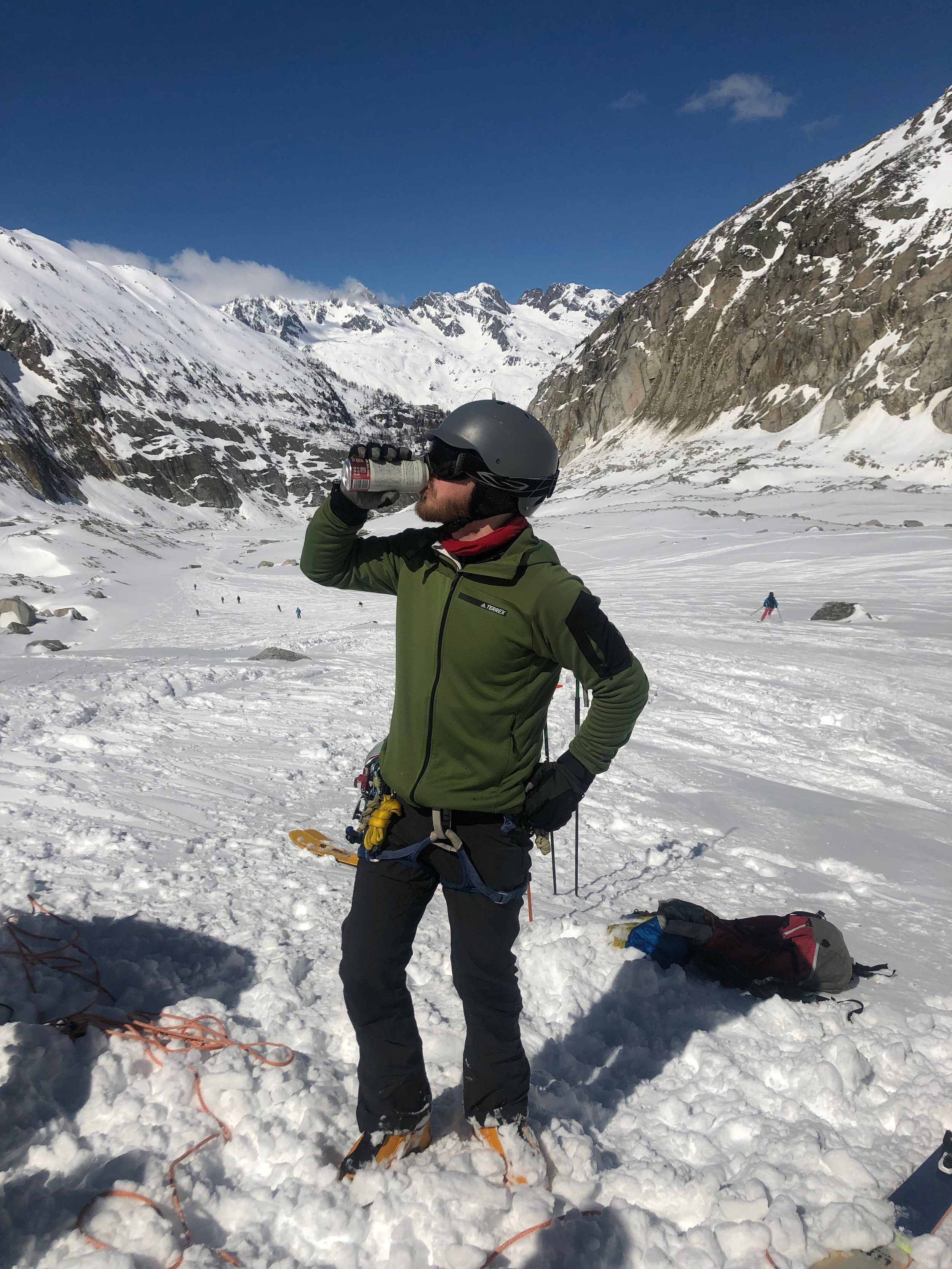 Vallee Blanche Beers, the perfect warmup to crevasse rescue practice