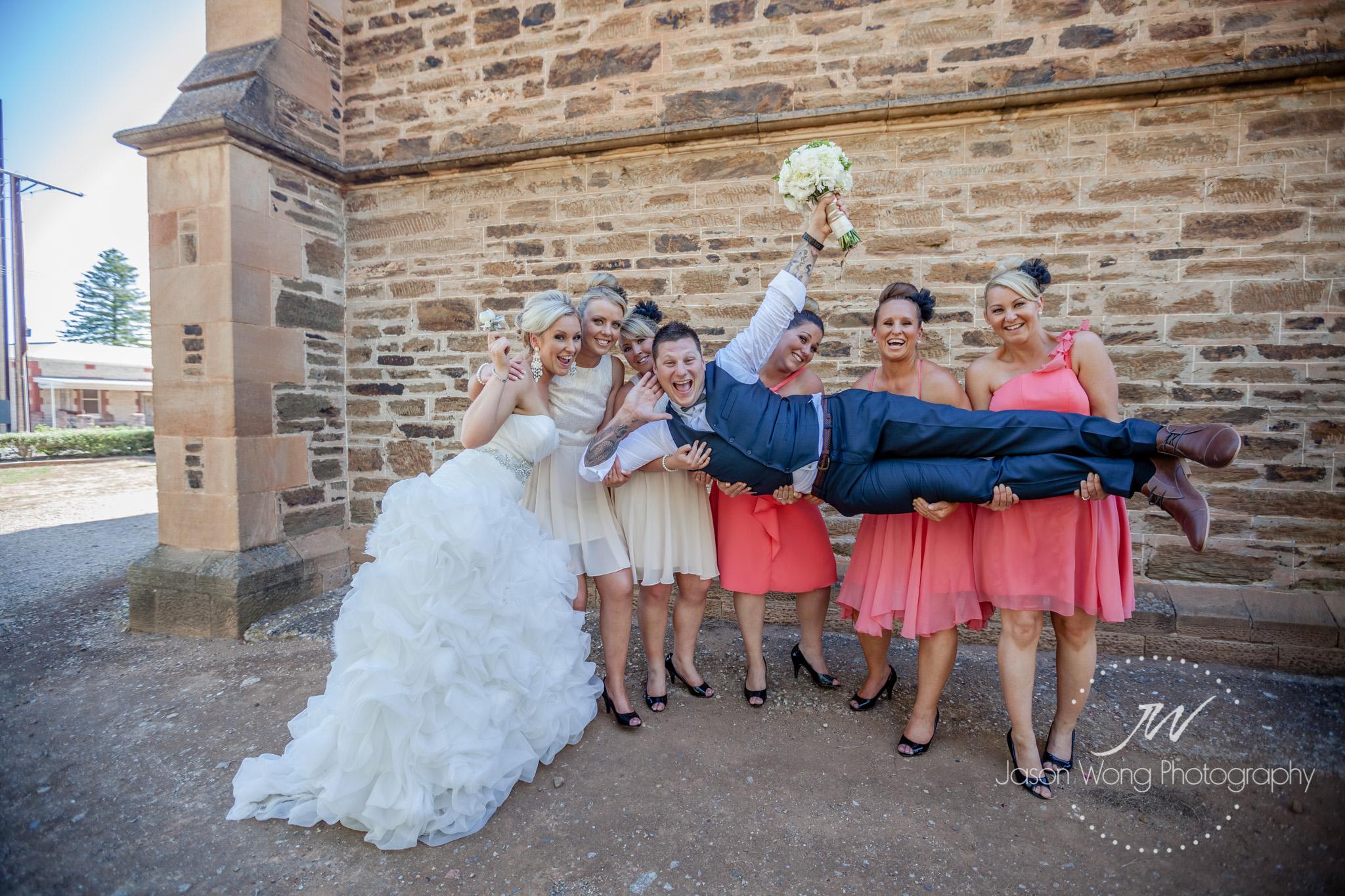 fun-bridal-party-shoot.jpg