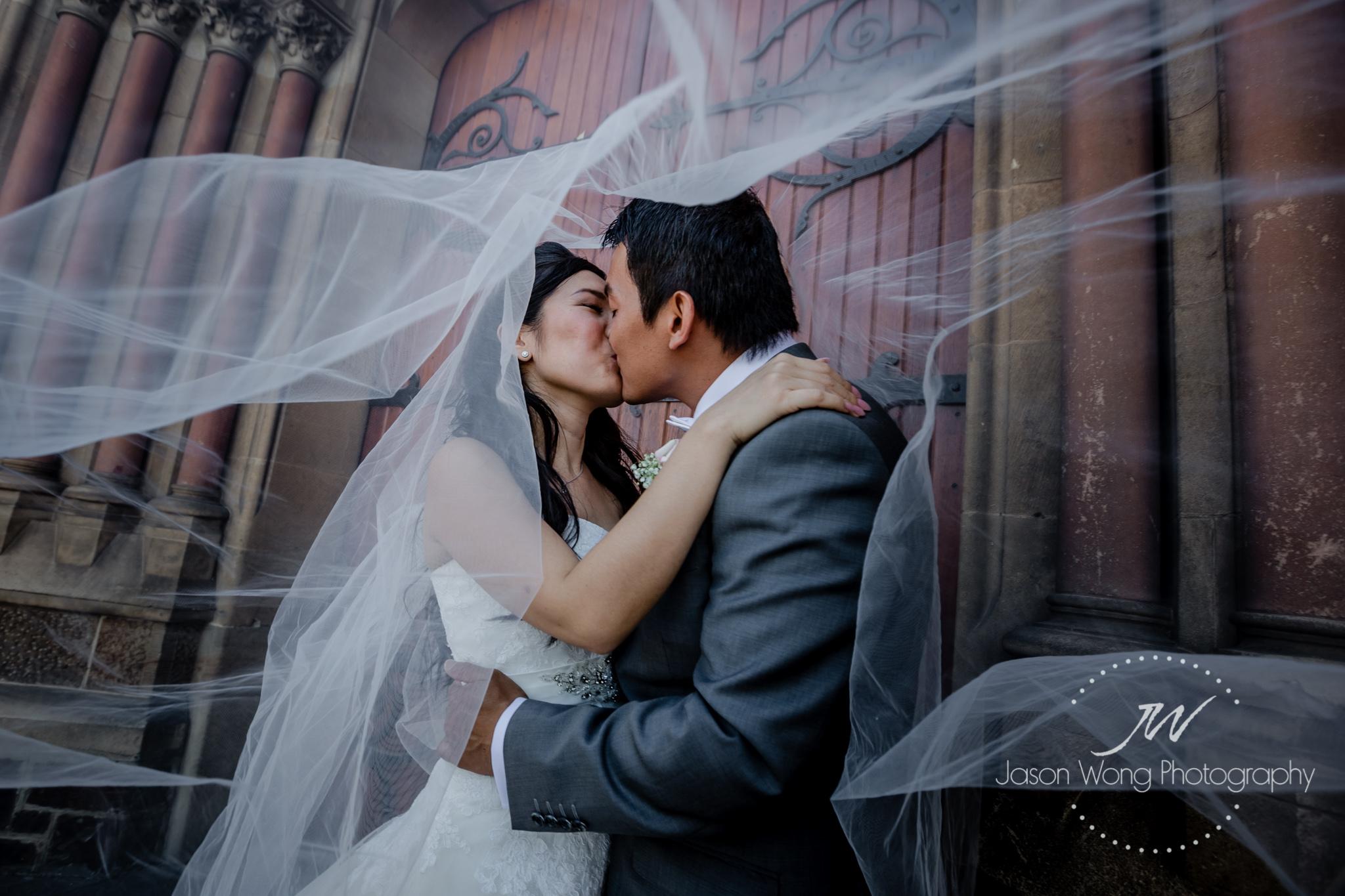 love-the-veil-during-bridal-shoot.jpg