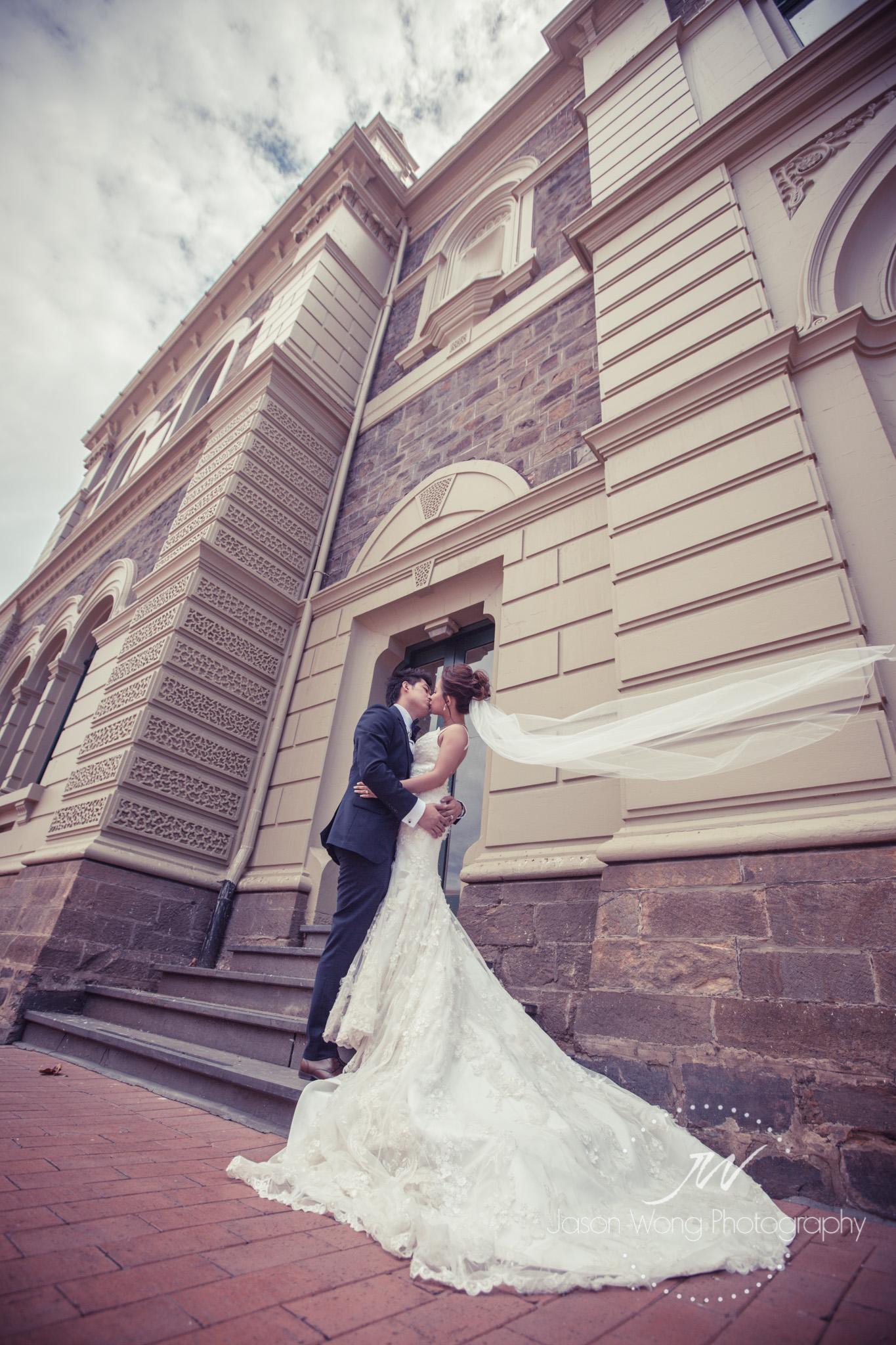lovely-bride-dress-art-photo.jpg
