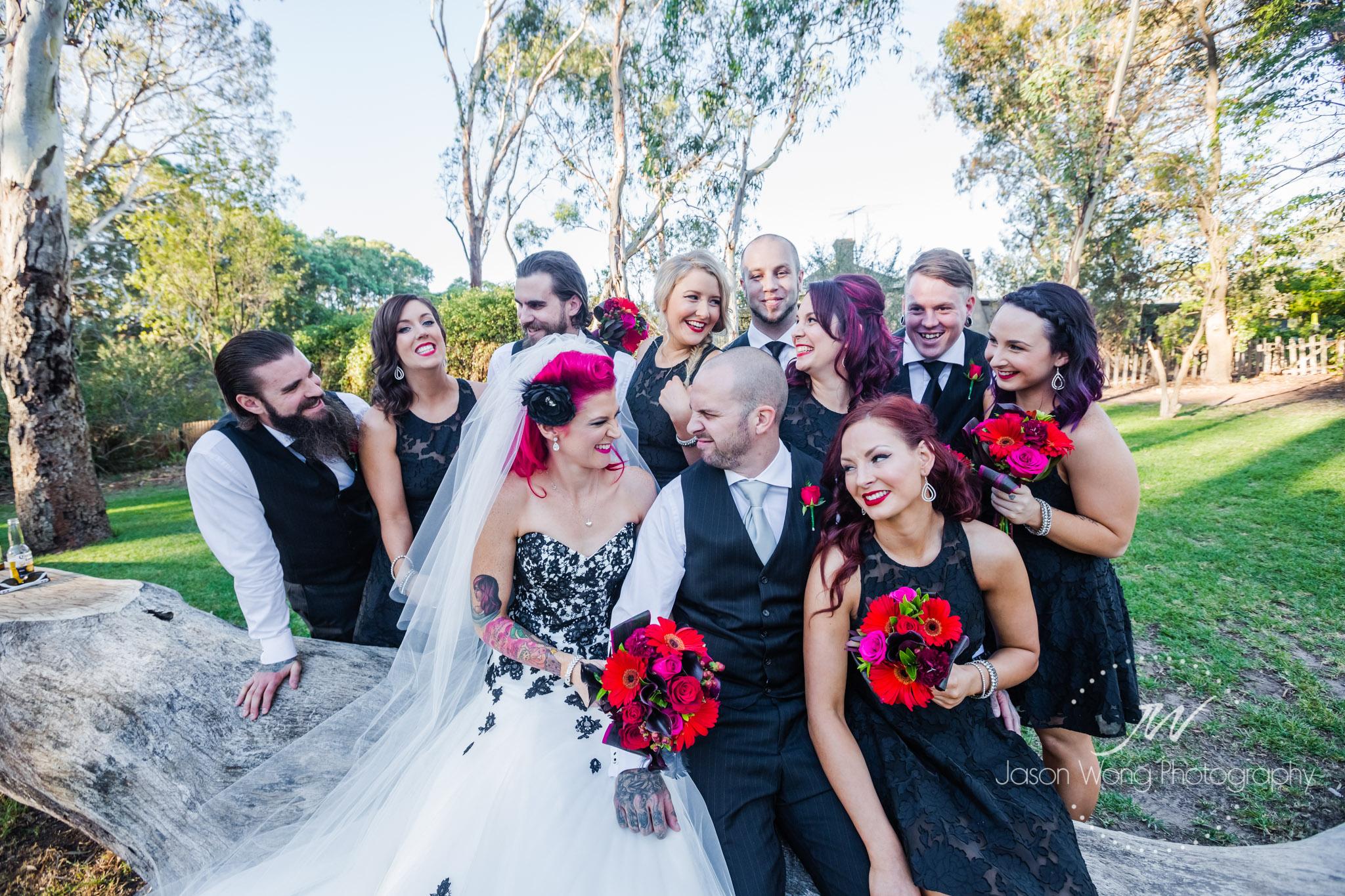 wedding-with-black-theme.jpg