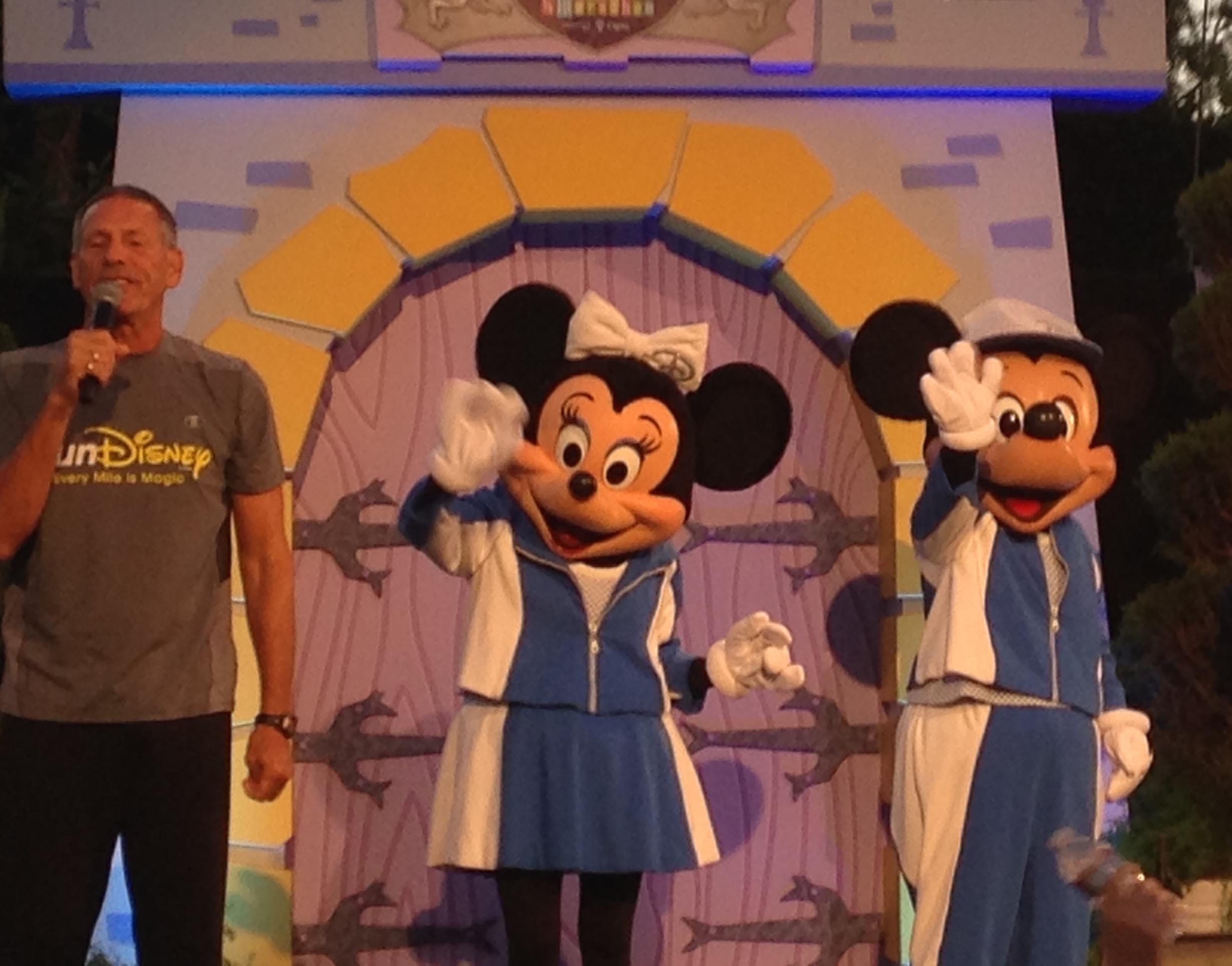 Mickey and Minnie at the start, Disneyland Half Marathon