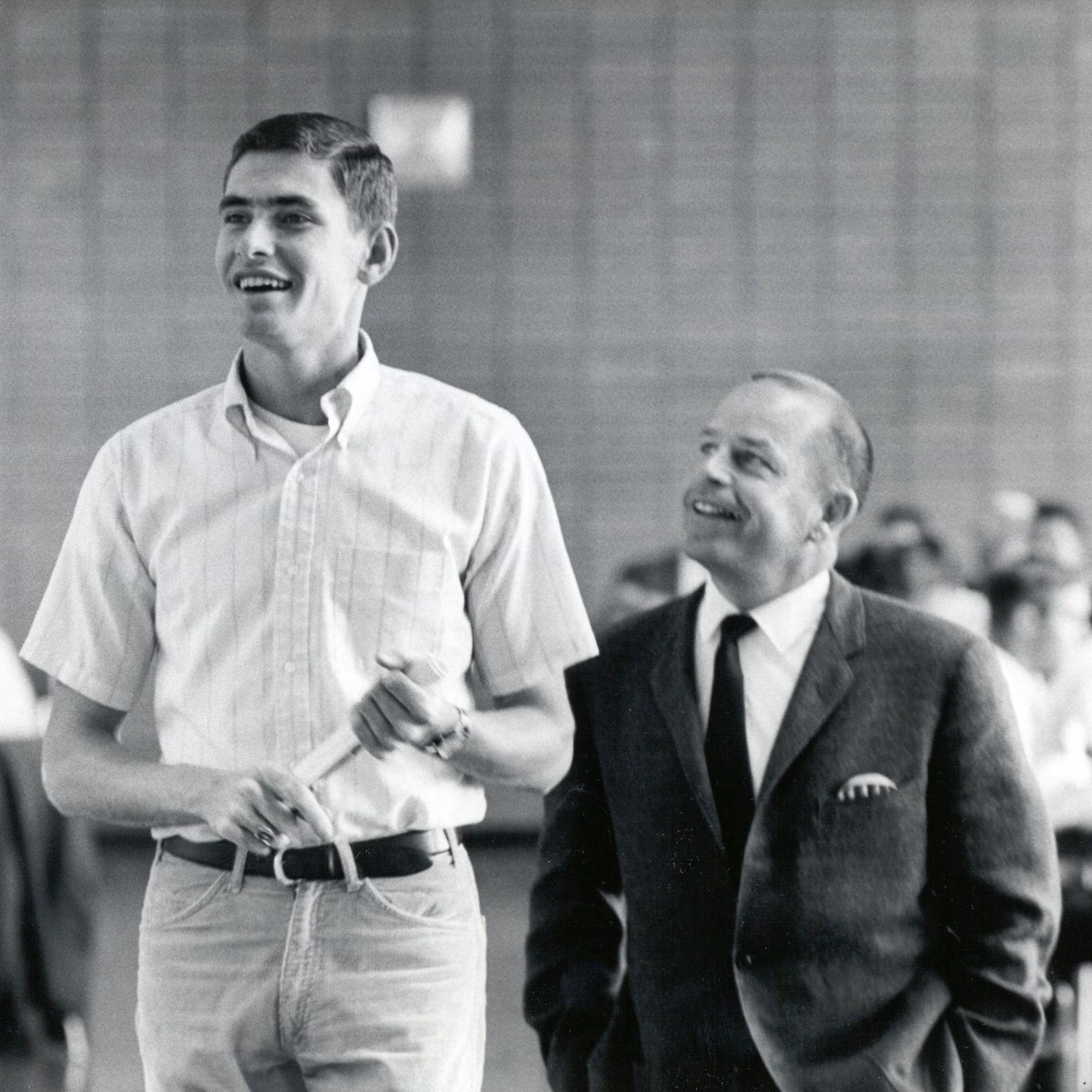 Jim Ryun and his coach, Bob Timmons.