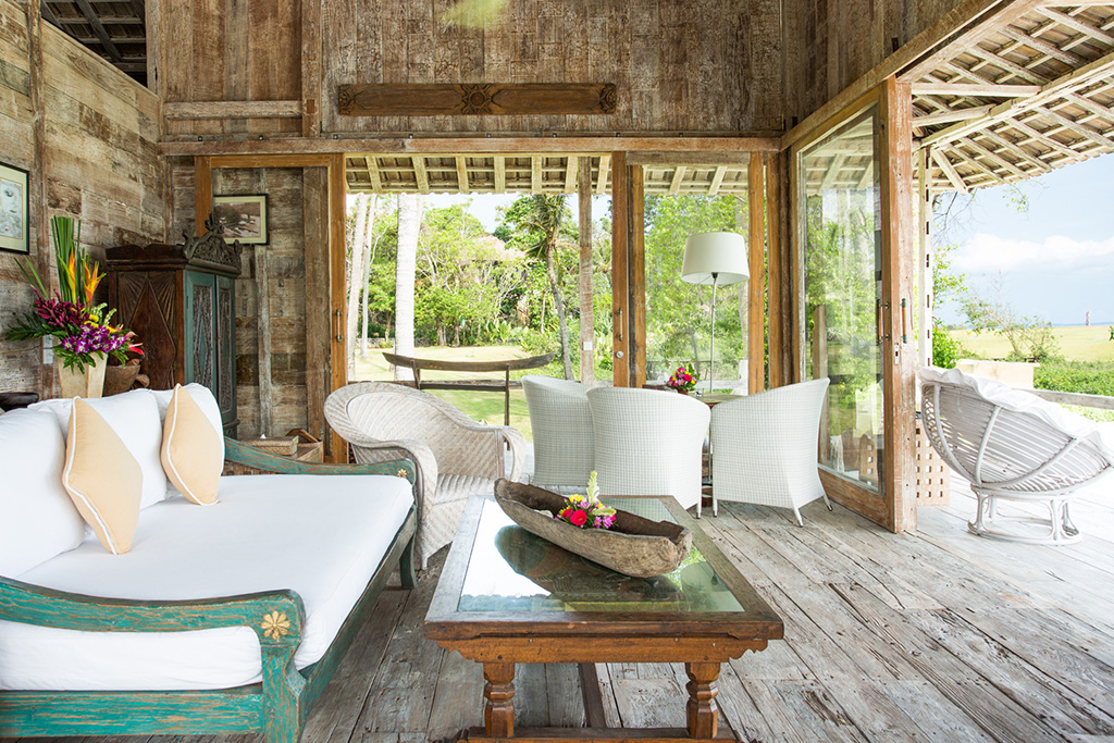 Sungai-Tinggi-Beach-Villa-Guesthouse-living-area.jpg