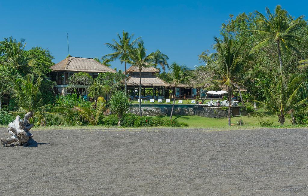 Sungai-Tinggi-Beach-Villa-The-villa-from-the-beach.jpg
