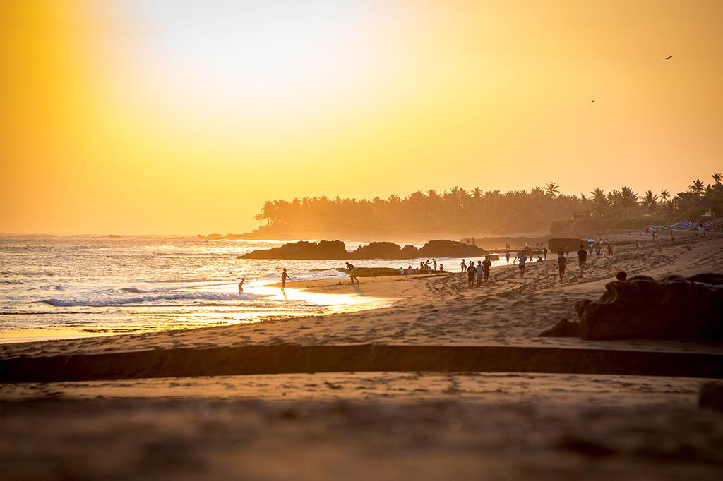 Sungai-Tinggi-Beach-Villa-The-beach-at-sunset.jpg