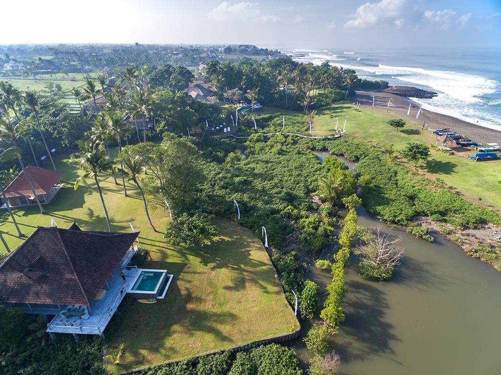 Sungai-Tinggi-Beach-Villa-The-guesthouse-on-the-river.jpg