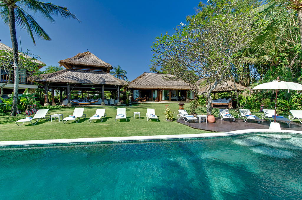 Sungai-Tinggi-Beach-Villa-Villa-and-lawn-from-pool.jpg