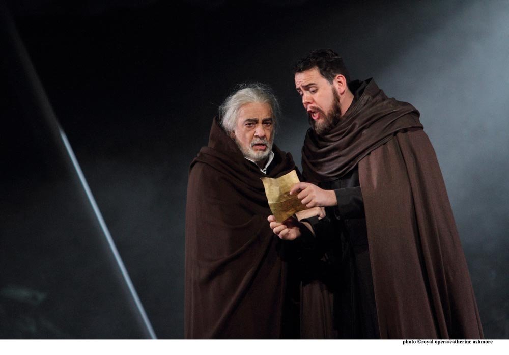 Plácido Domingo as Francesco Foscari and Samuel Sakker as Barbarigo in I due Foscari © ROH. Photographer Catherine Ashmore