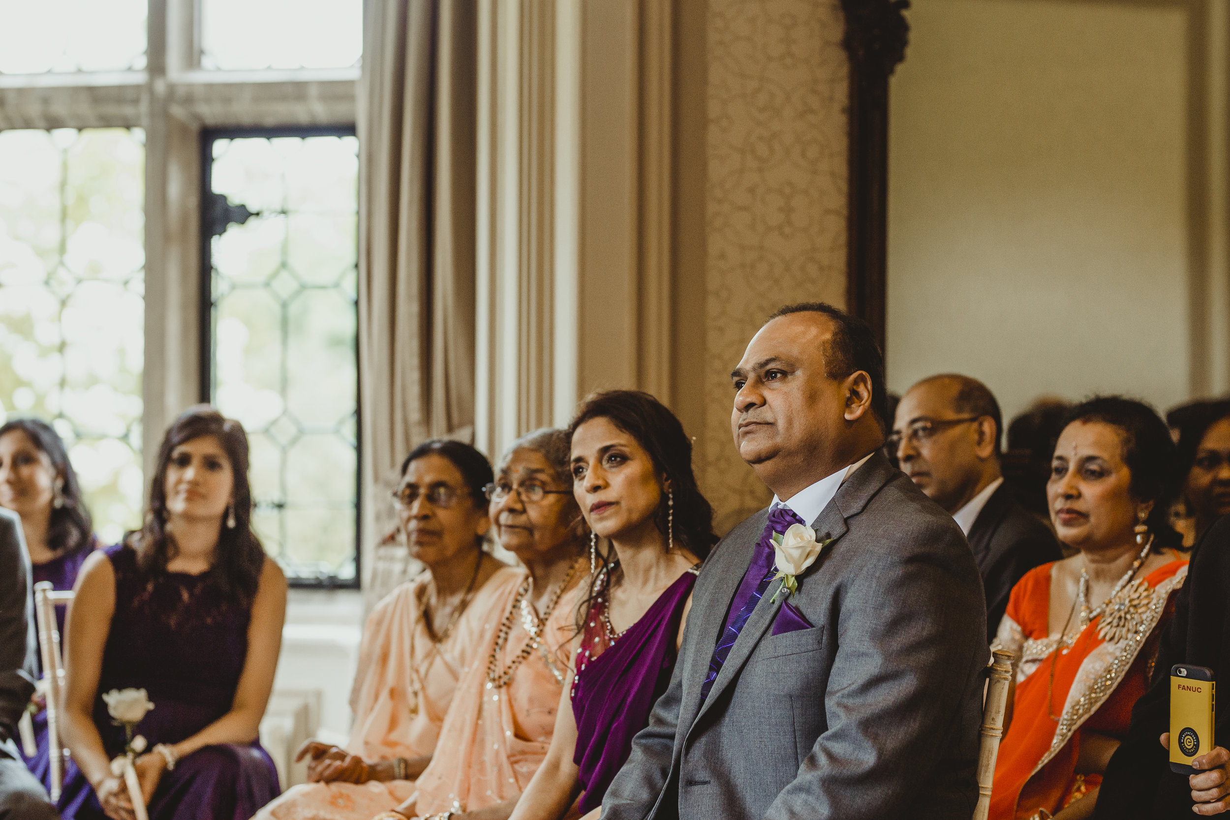 N&J_MILTON_KEYNES_WEDDING_LONDON_PHOTOGRAPHER_ASIAN_WEDDING-359.JPG