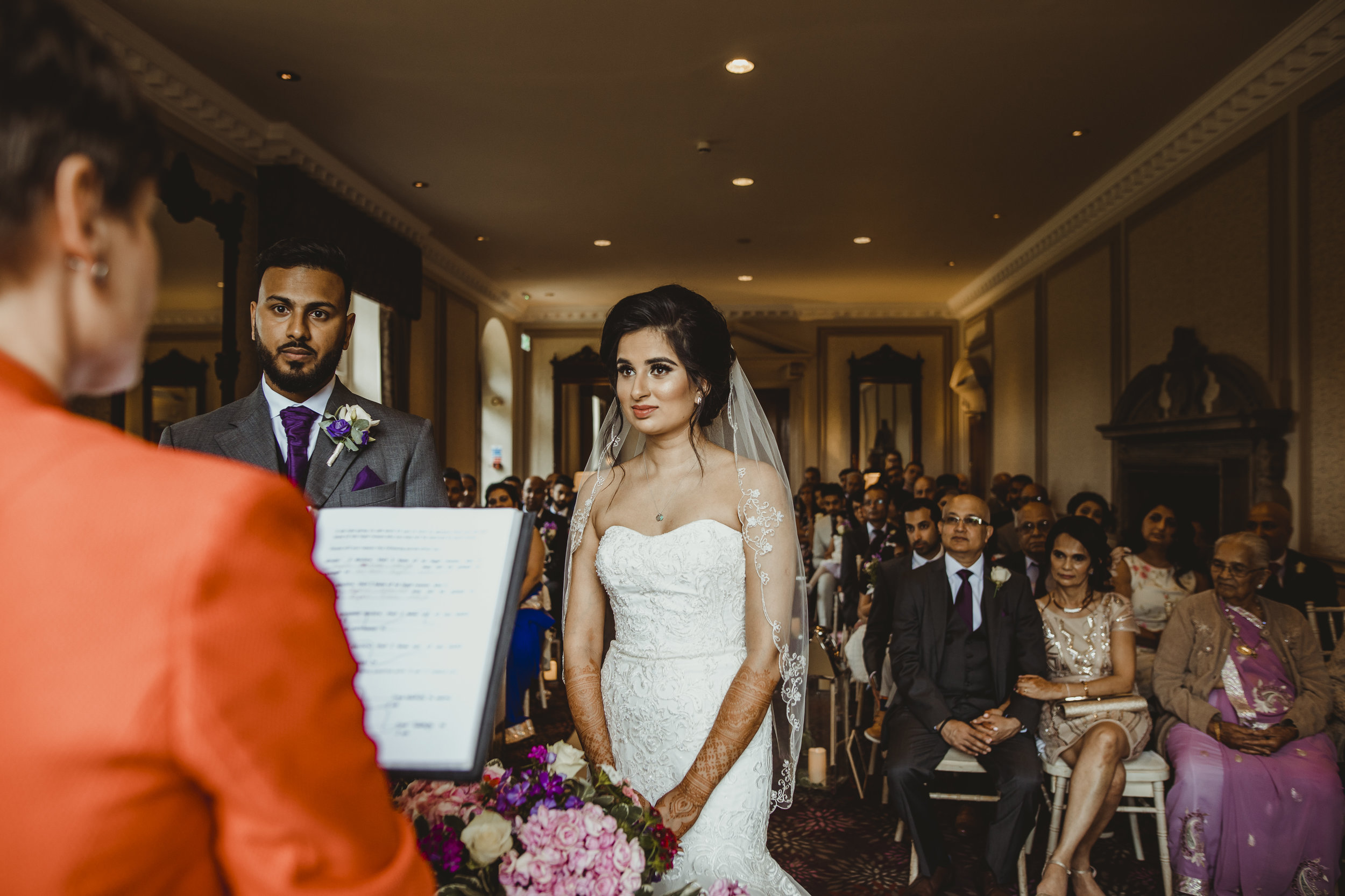N&J_MILTON_KEYNES_WEDDING_LONDON_PHOTOGRAPHER_ASIAN_WEDDING-390.JPG