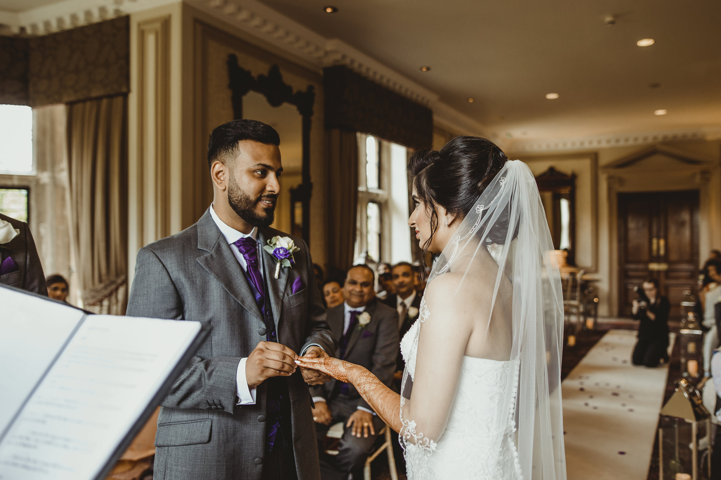 N&J_MILTON_KEYNES_WEDDING_LONDON_PHOTOGRAPHER_ASIAN_WEDDING-401.JPG