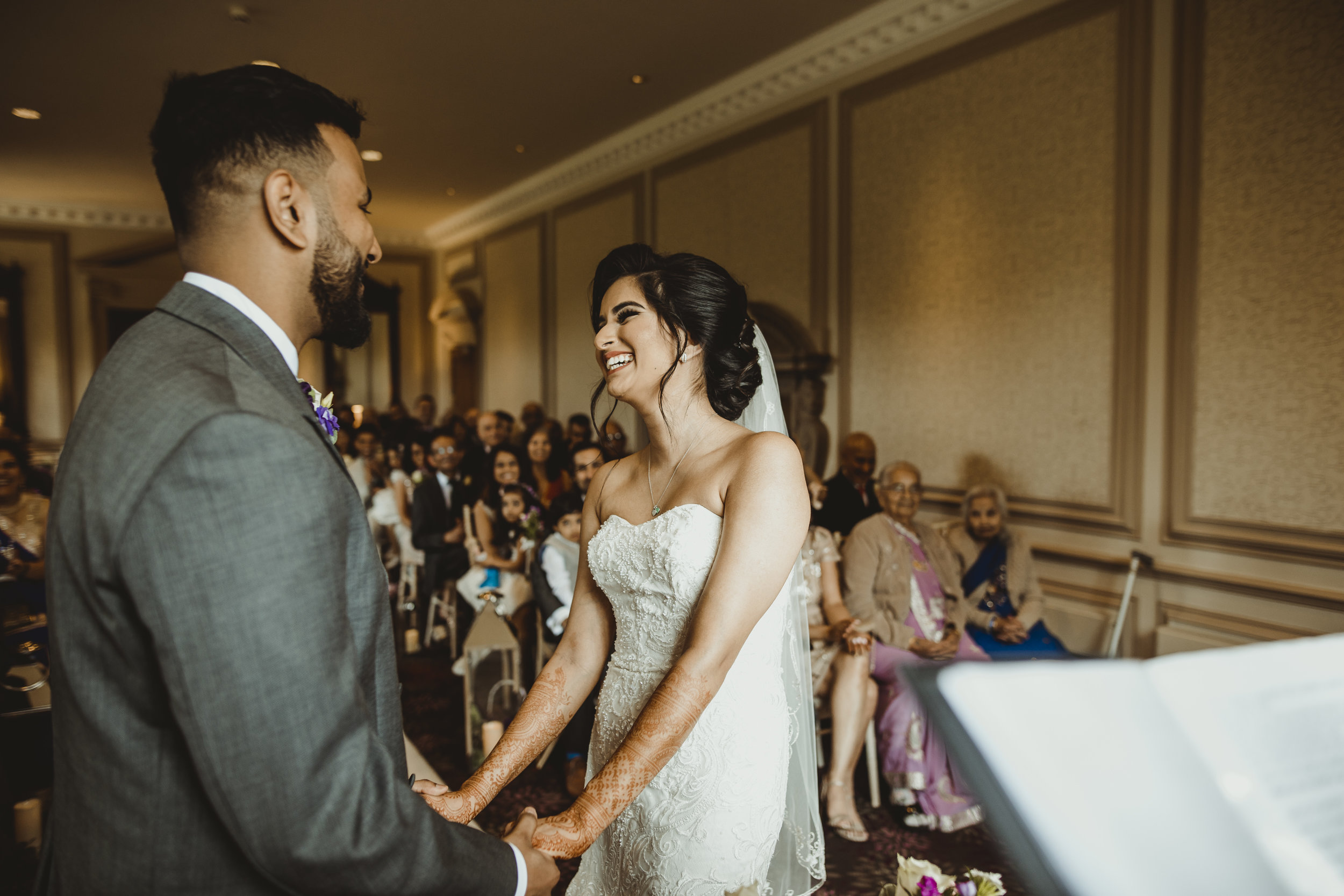 N&J_MILTON_KEYNES_WEDDING_LONDON_PHOTOGRAPHER_ASIAN_WEDDING-416.JPG