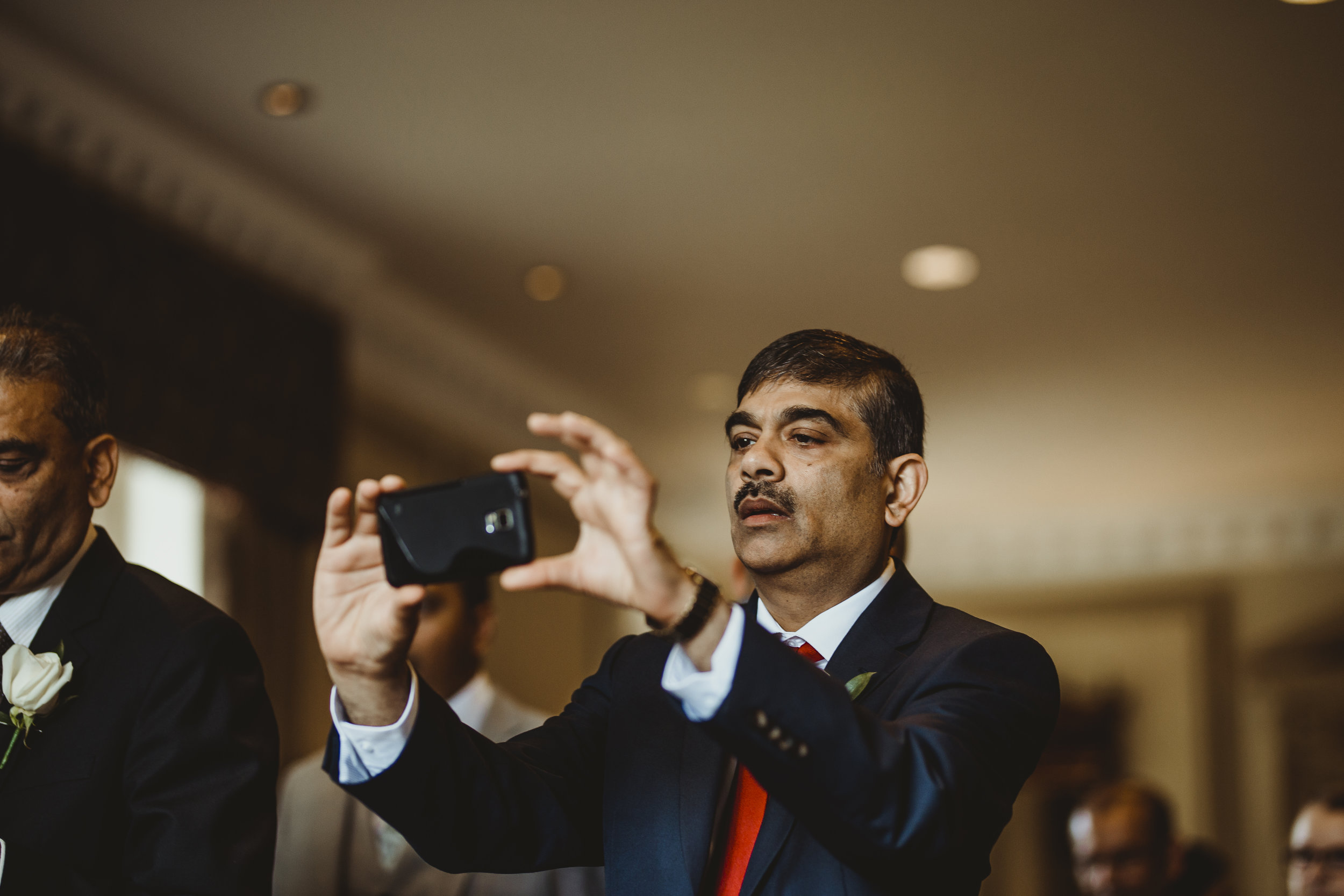 N&J_MILTON_KEYNES_WEDDING_LONDON_PHOTOGRAPHER_ASIAN_WEDDING-431.JPG