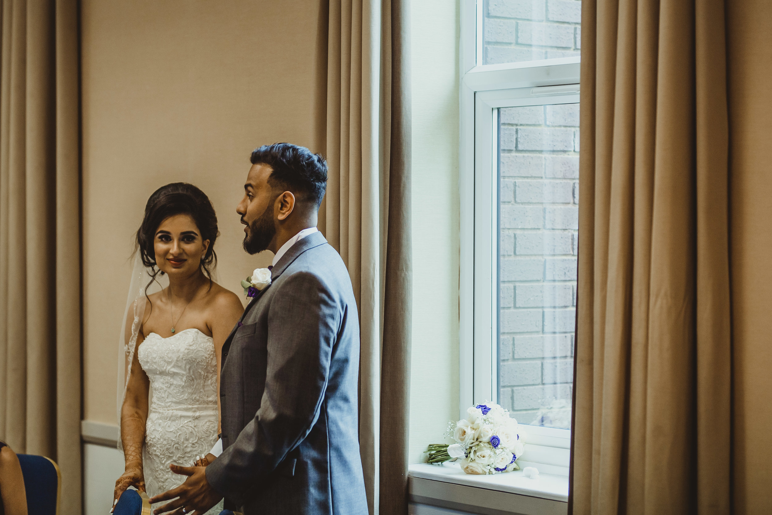 N&J_MILTON_KEYNES_WEDDING_LONDON_PHOTOGRAPHER_ASIAN_WEDDING-655.JPG
