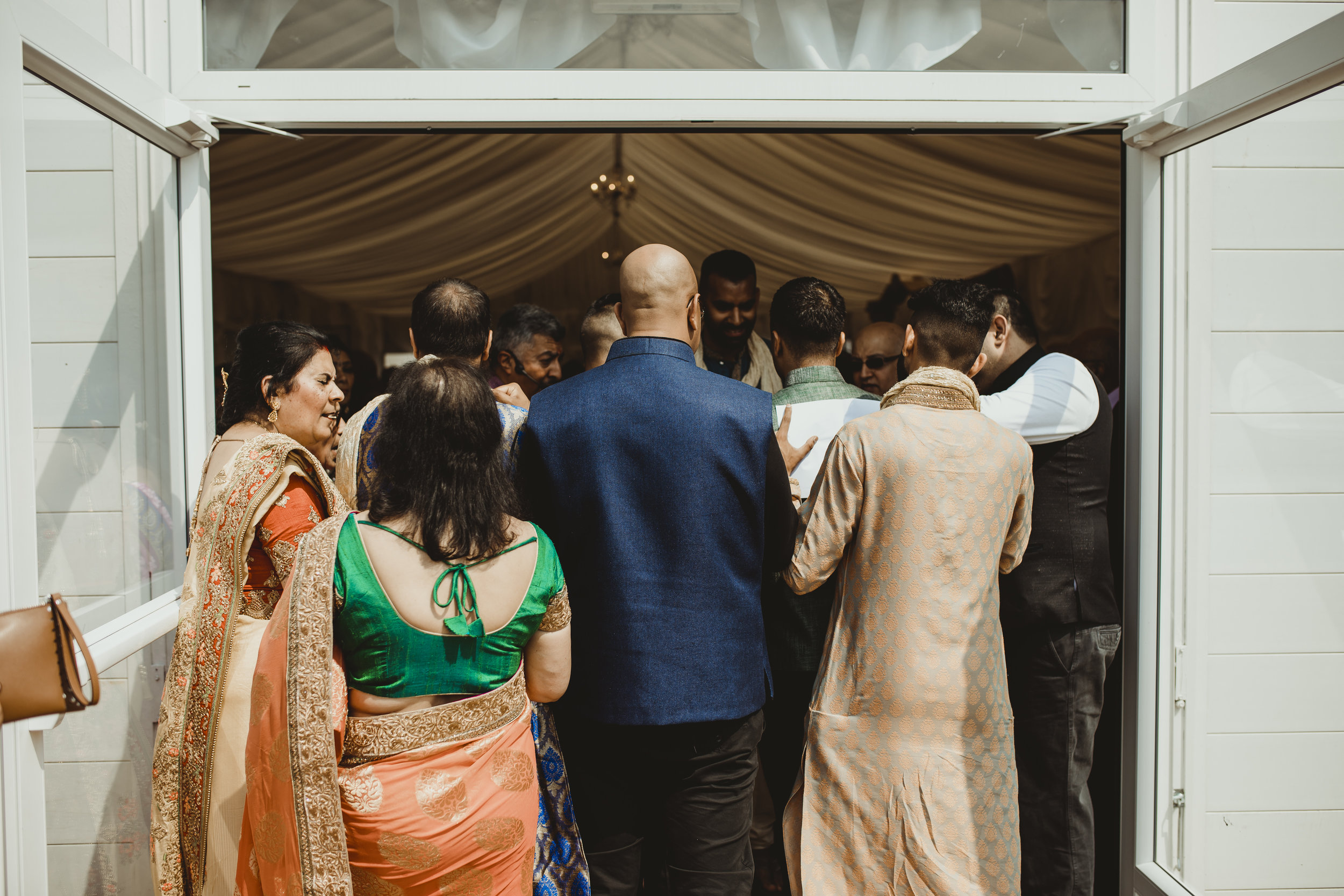 N&J_MILTON_KEYNES_WEDDING_LONDON_PHOTOGRAPHER_ASIAN_WEDDING-343.JPG