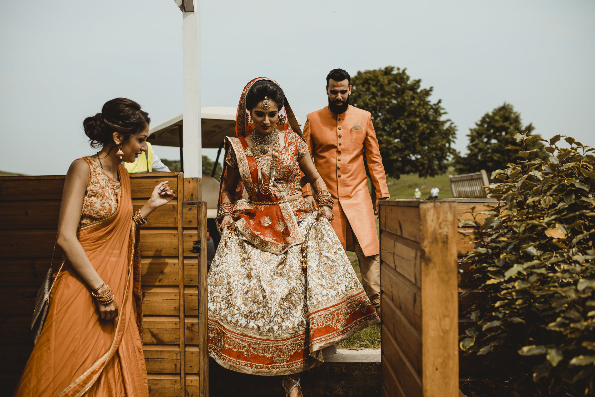 N&J_MILTON_KEYNES_WEDDING_LONDON_PHOTOGRAPHER_ASIAN_WEDDING-454.JPG
