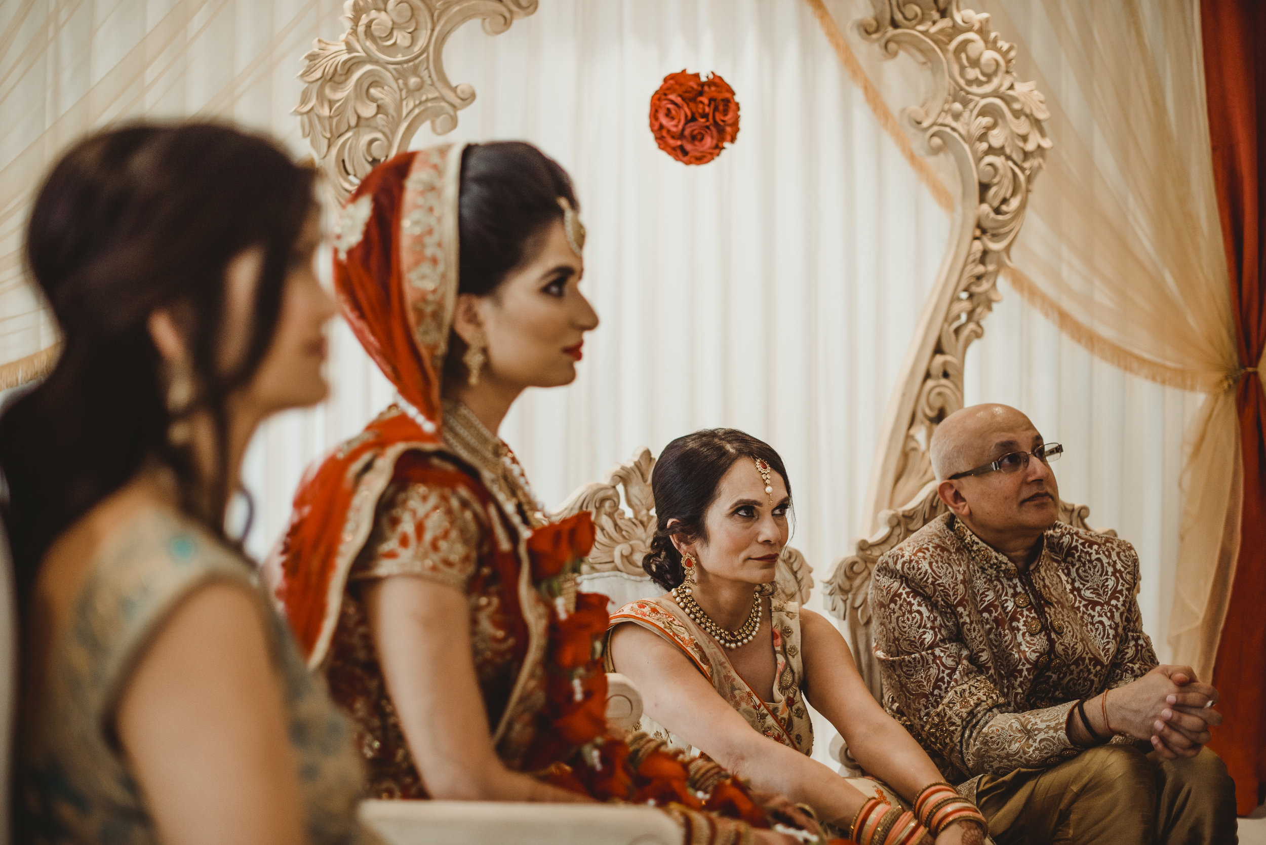 N&J_MILTON_KEYNES_WEDDING_LONDON_PHOTOGRAPHER_ASIAN_WEDDING-514.JPG